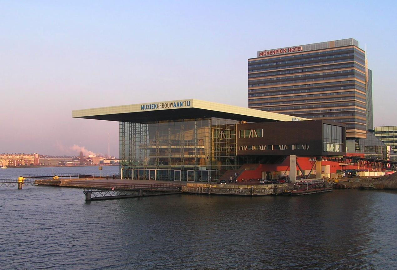 Bestand:Amsterdam - Muziekgebouw aan 't IJ.jpg - Wikipedia: nl.wikipedia.org/wiki/bestand:amsterdam_-_muziekgebouw_aan_'t_ij.jpg
