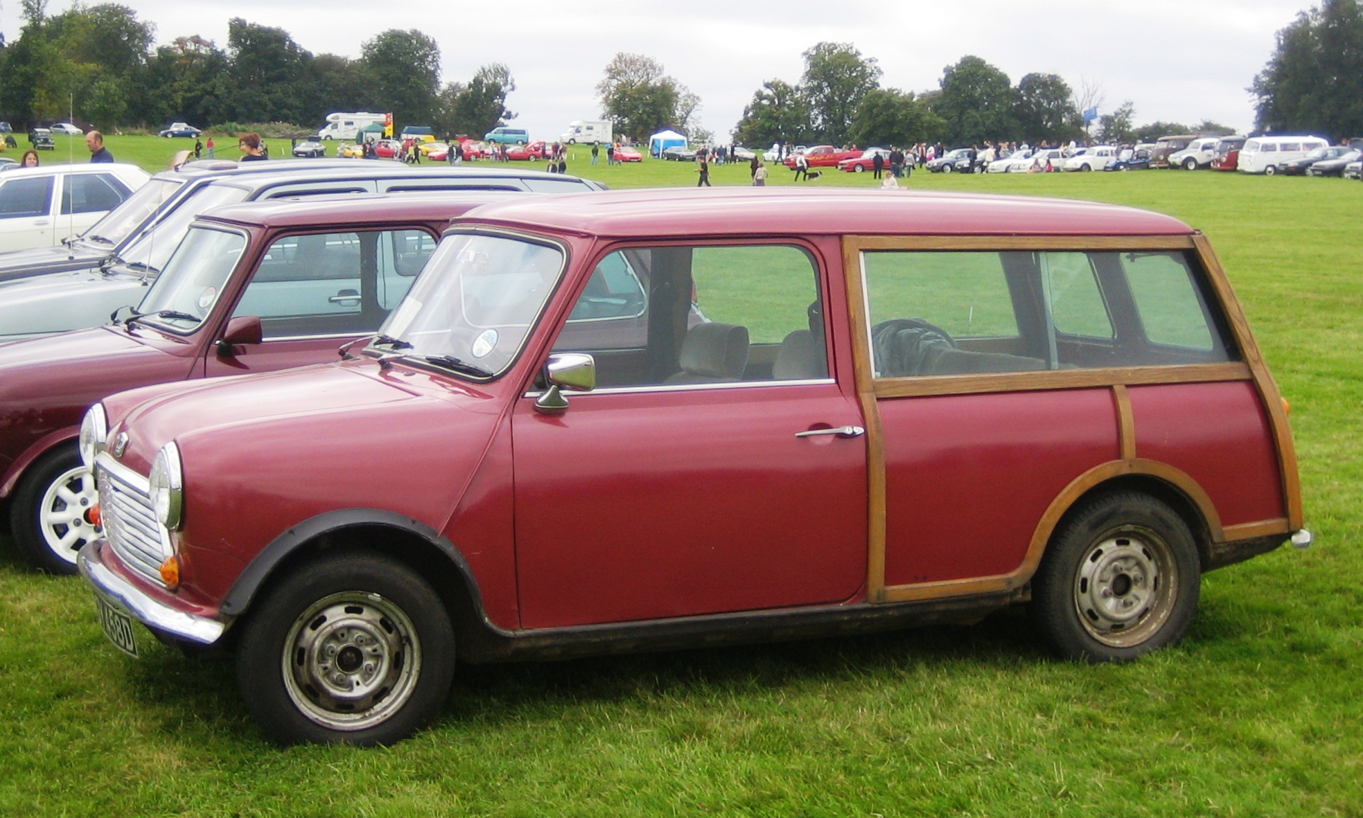 1967 austin mini countryman classic automobiles. Black Bedroom Furniture Sets. Home Design Ideas