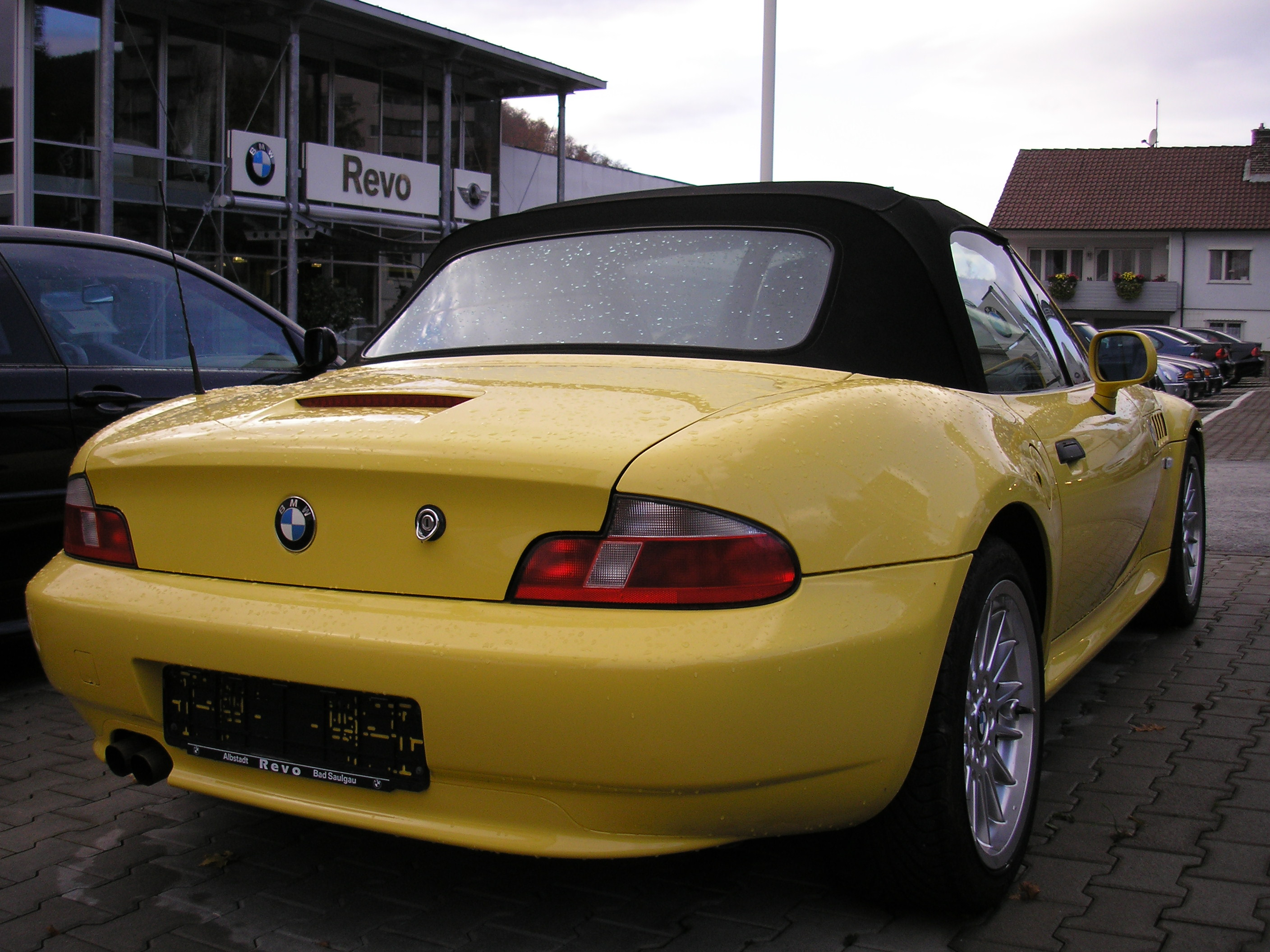 Description BMW Z3 rear.JPG