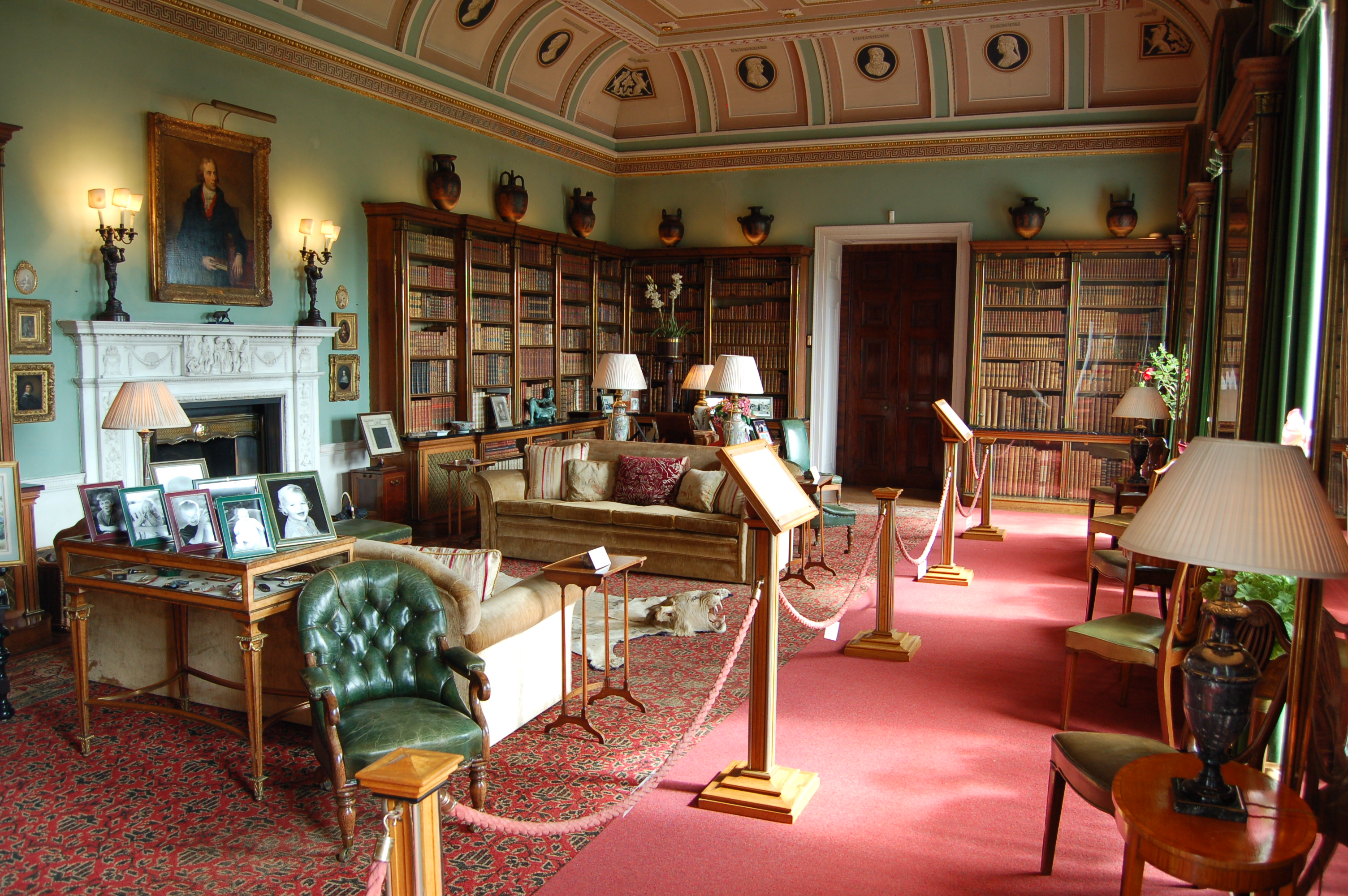 File:Bowood House Library.jpg - Wikimedia Commons