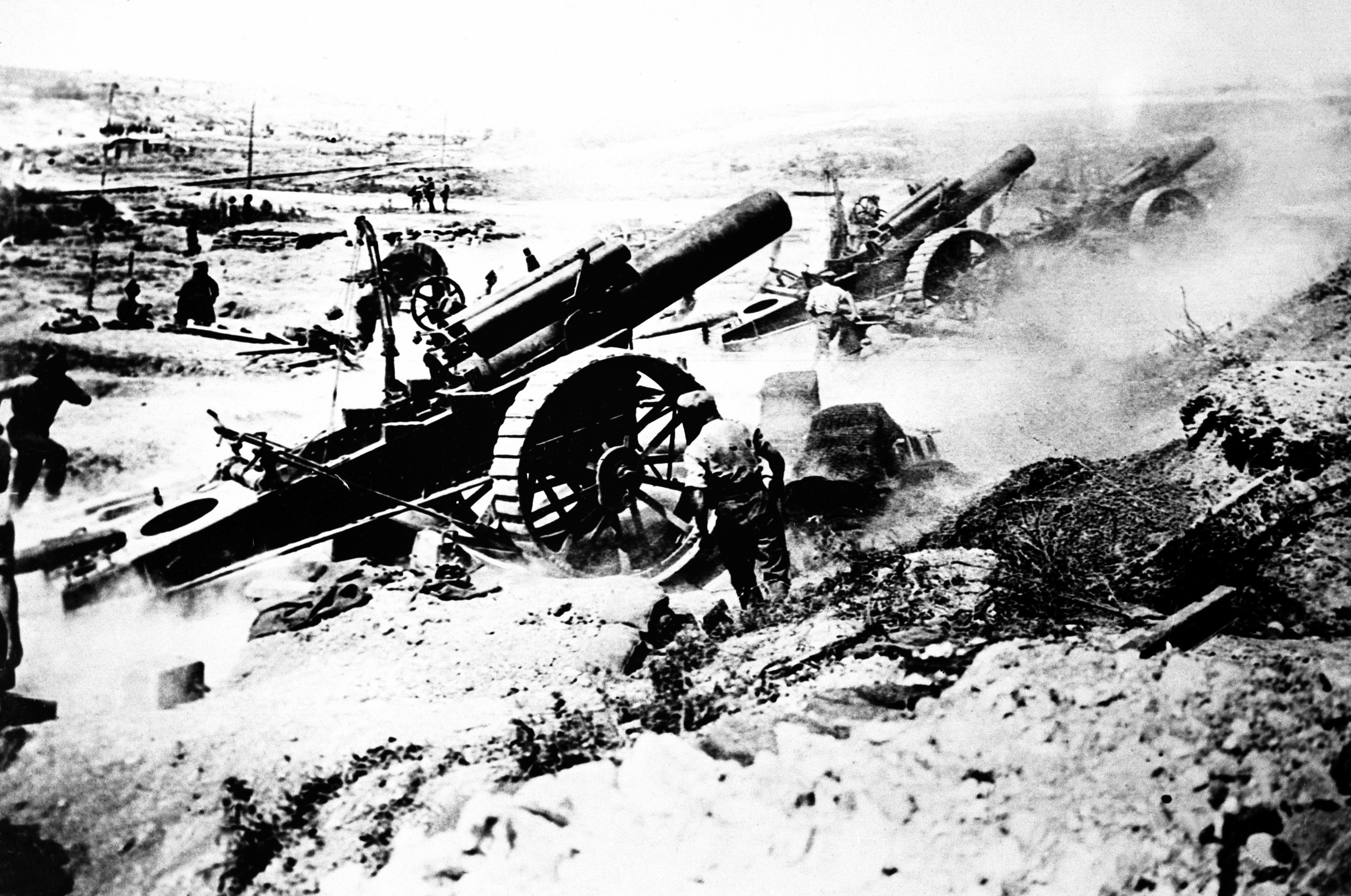 File:British artillery in action, World War I JPEG - Wikimedia Commons