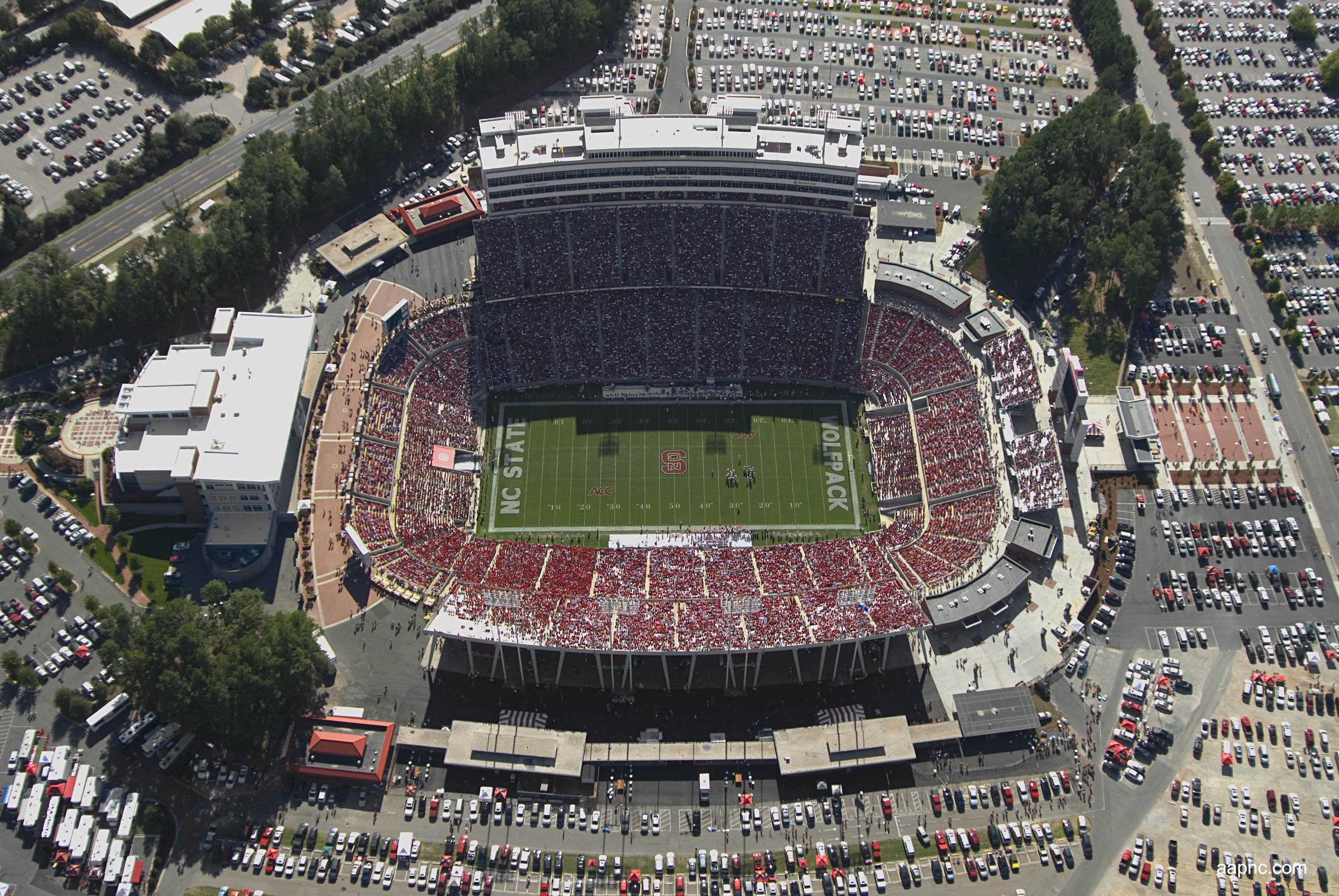 Carter–Finley Stadium - Wikipedia on