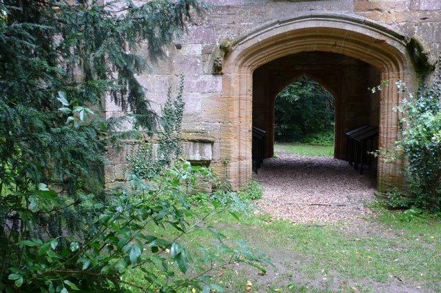 Cerne Abbey, Cerne Abbas - geograph.org.uk - 922835