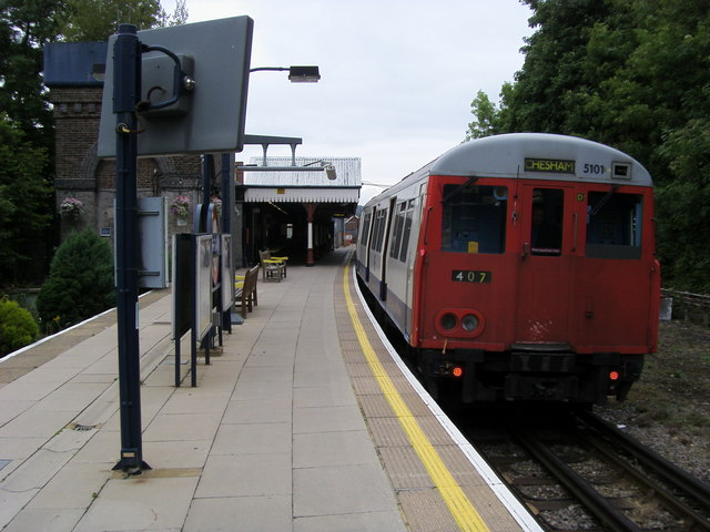 Chesham station - geograph.org.uk - 951189