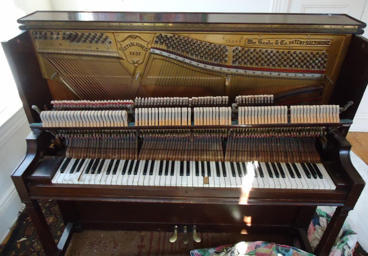 File:Demolition of upright Knabe piano hammer mechanism ...