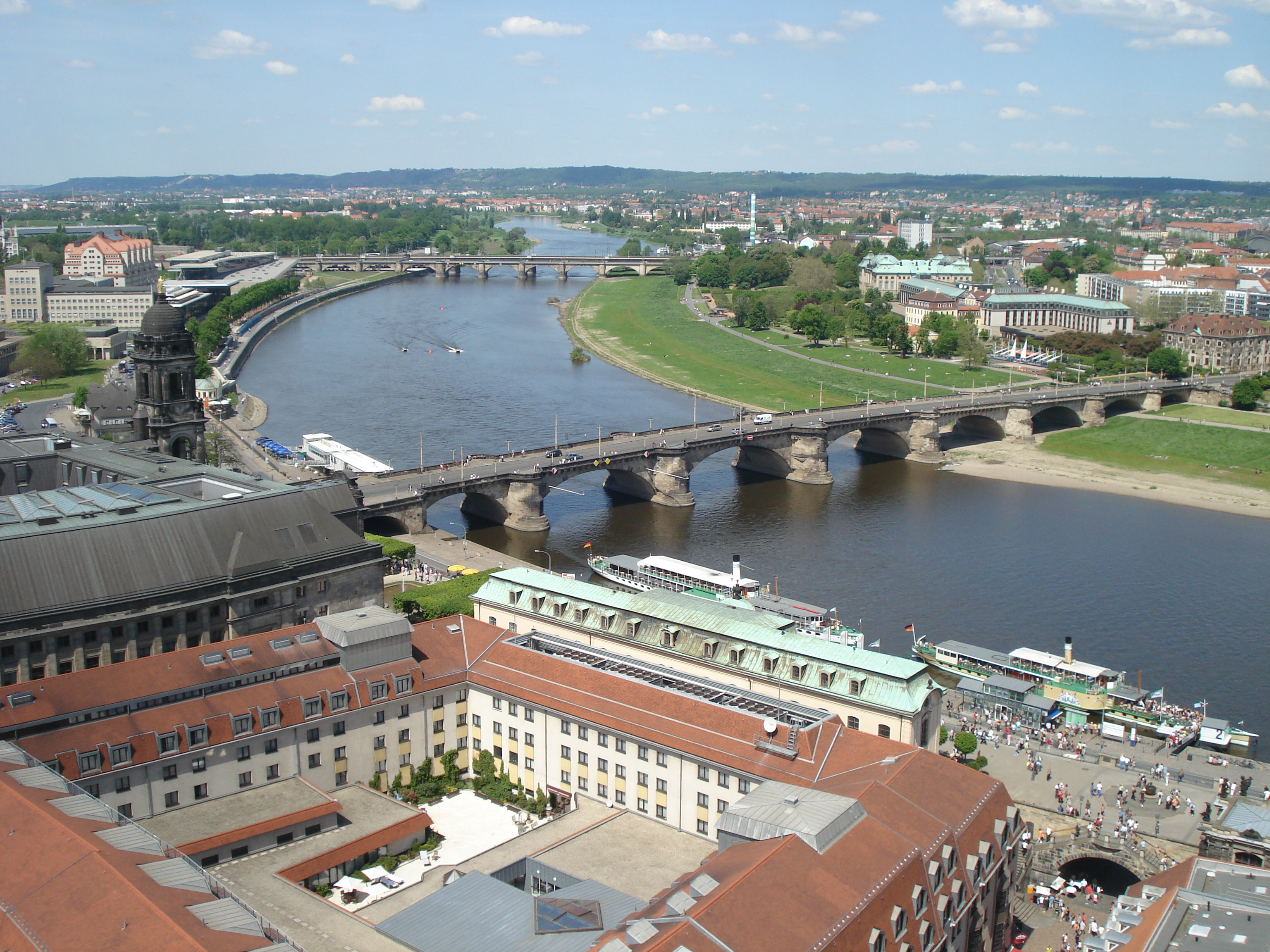 View from the Frauenkirche onto the Augustusbrücke over the Elbe in Dresden