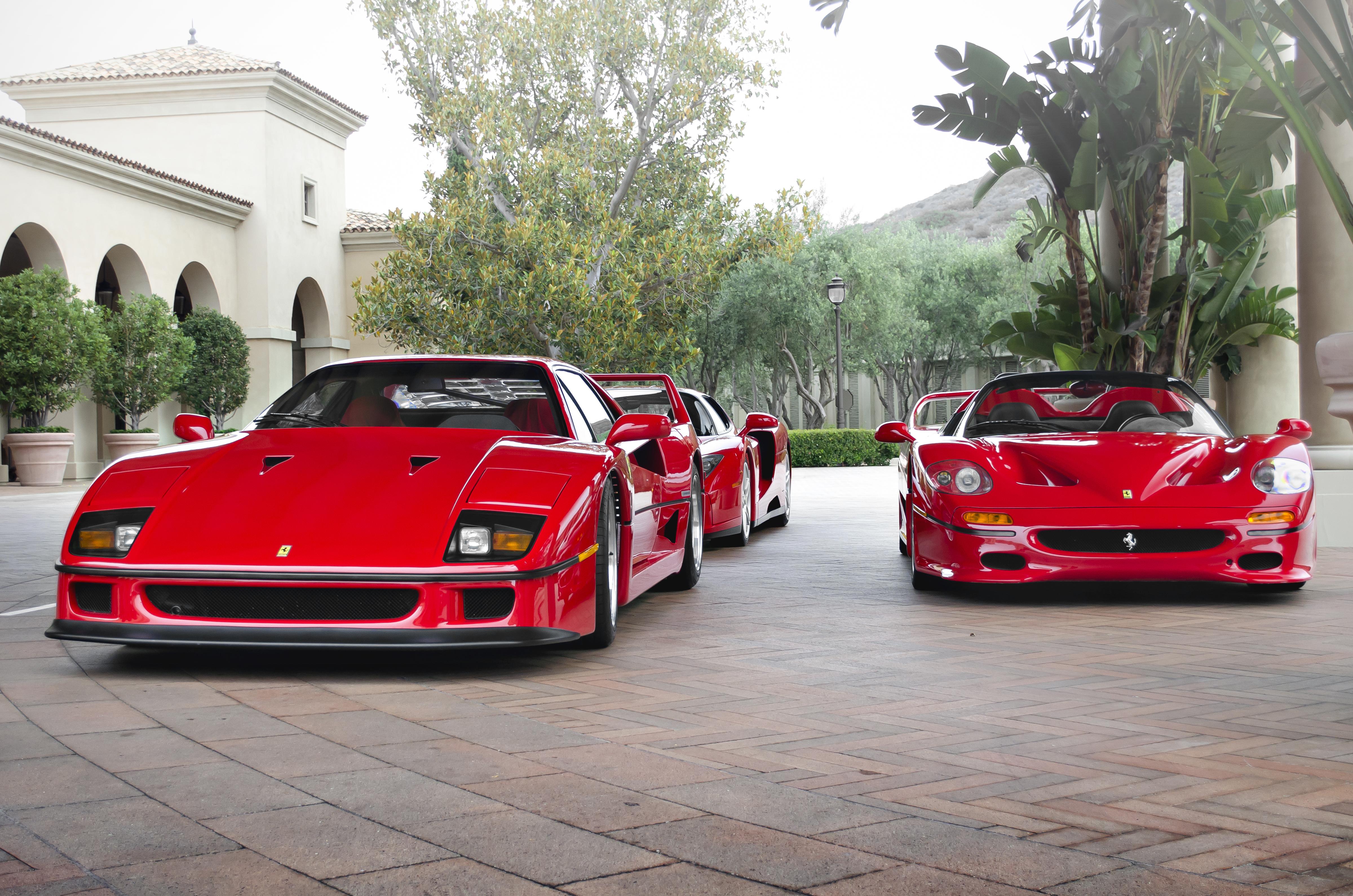 File Ferrari F40 F50 And Enzo 9412184970 Jpg Wikimedia Commons