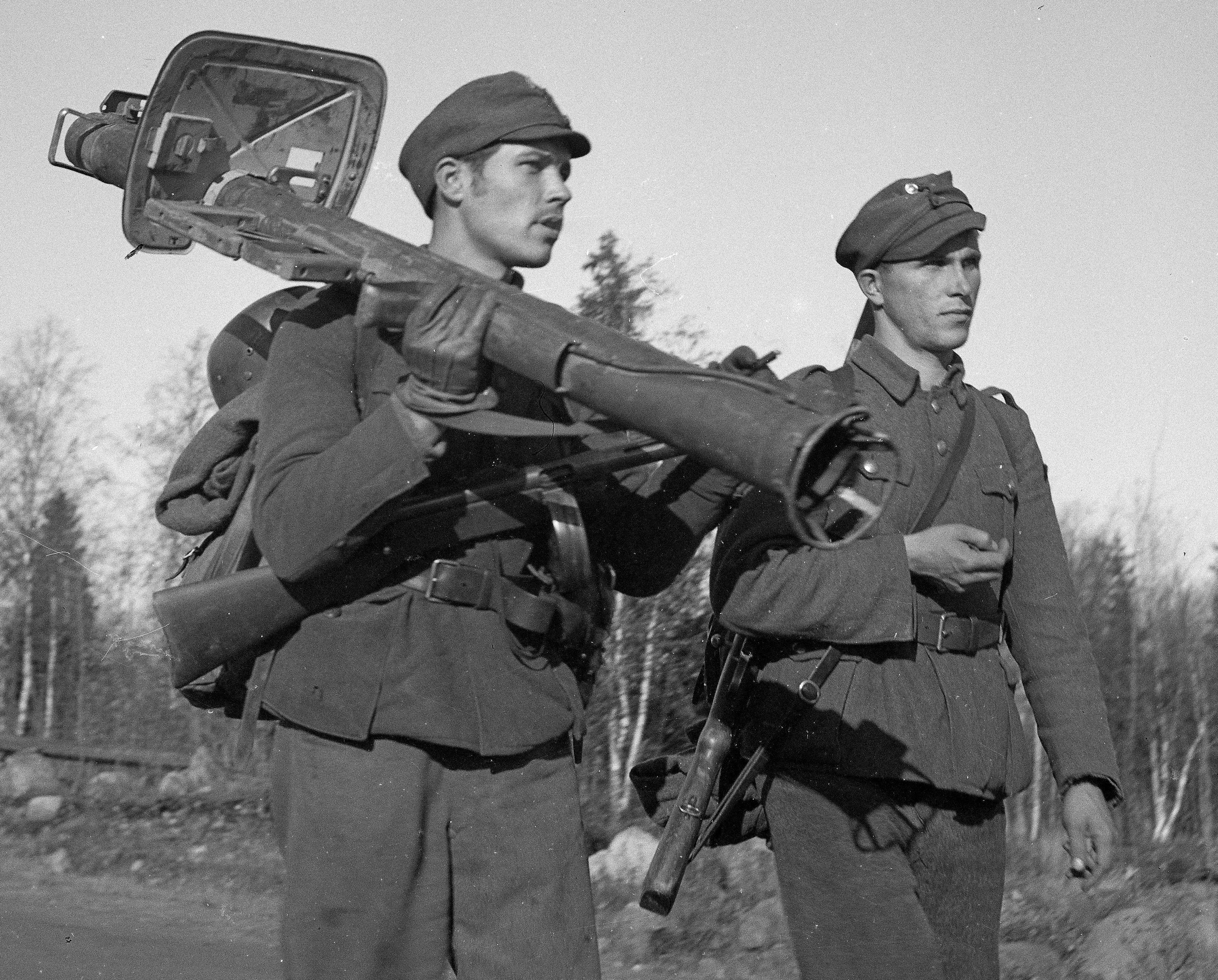 FinnishTroops_Tornio1944_002.jpg