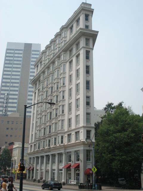 File flatiron building atlanta wikimedia for Builders in georgia