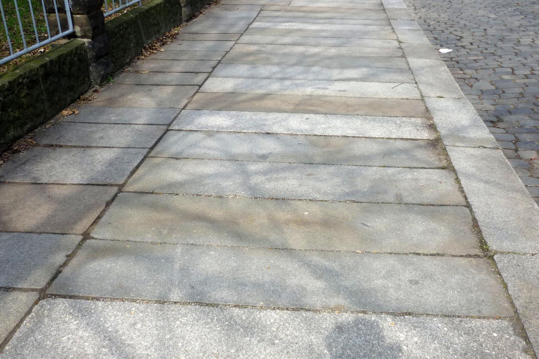 File Granitplatten Althusstr Dd Jpg Wikimedia Commons