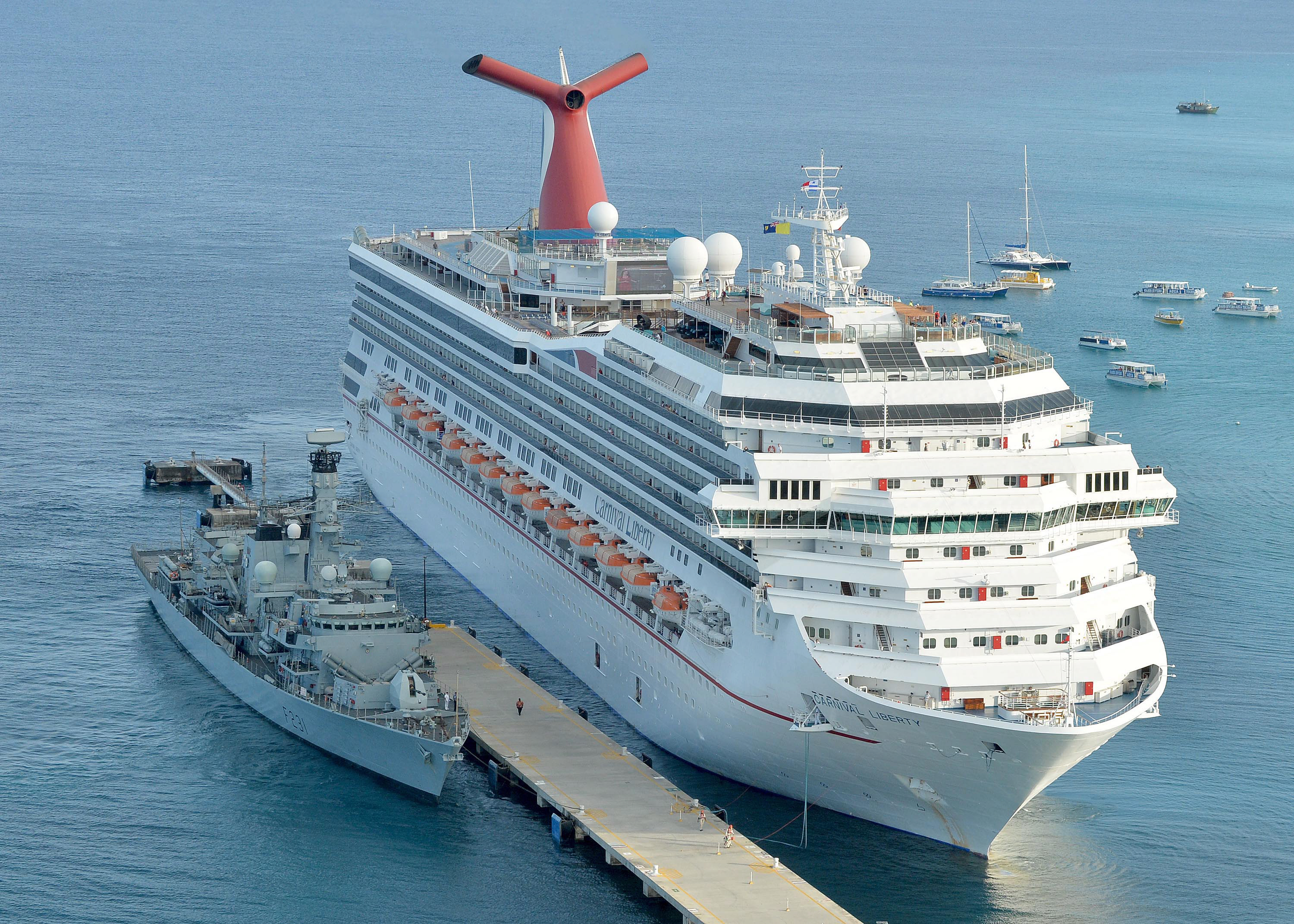 FileHMS Argyll With Cruise Liner MV Carnival Liberty MOD - Pictures of carnival liberty cruise ship