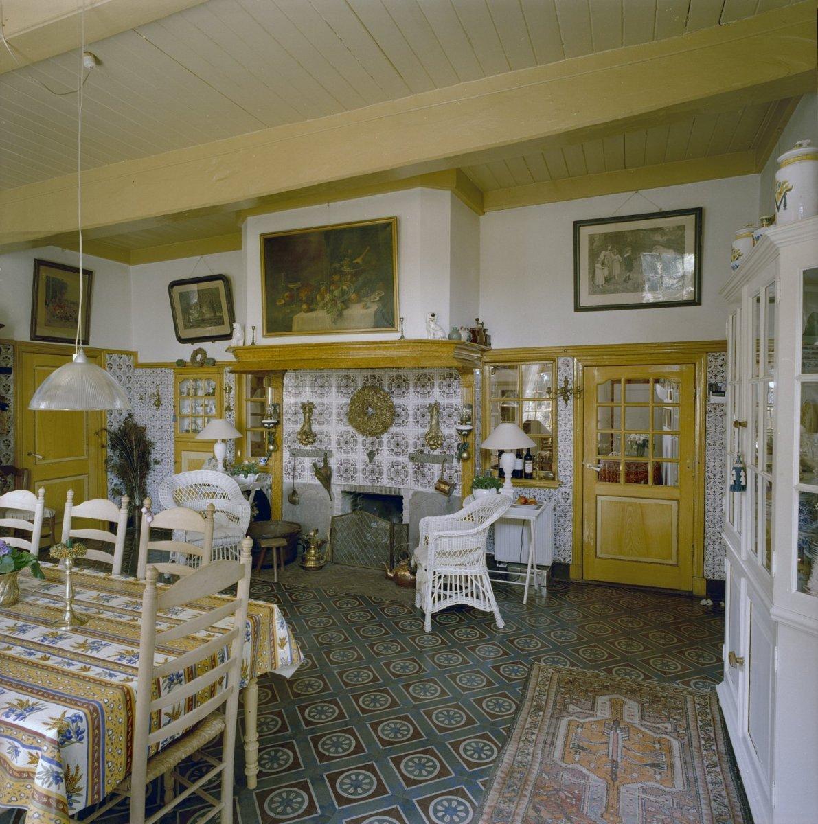 File interieur woonkamer boerderij markelo 20329913 for Interieur 1900
