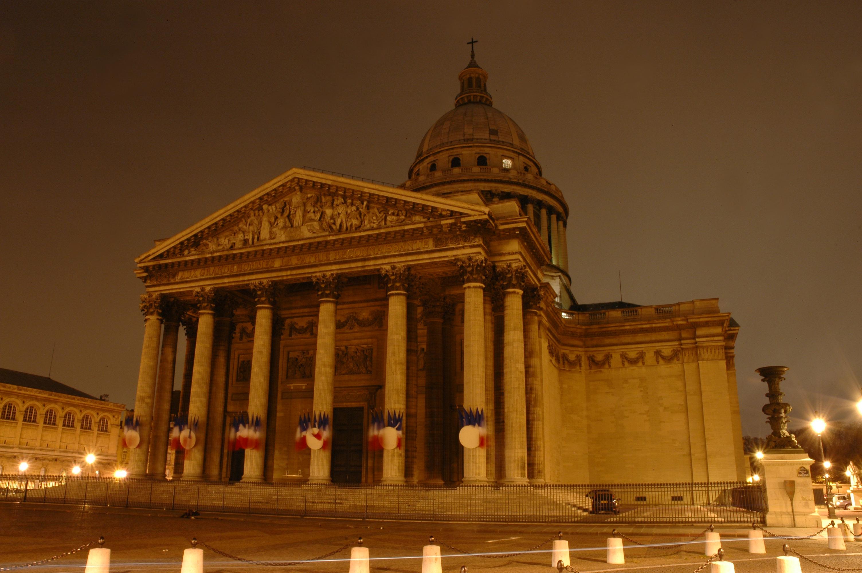 Le Panthéon de nuit