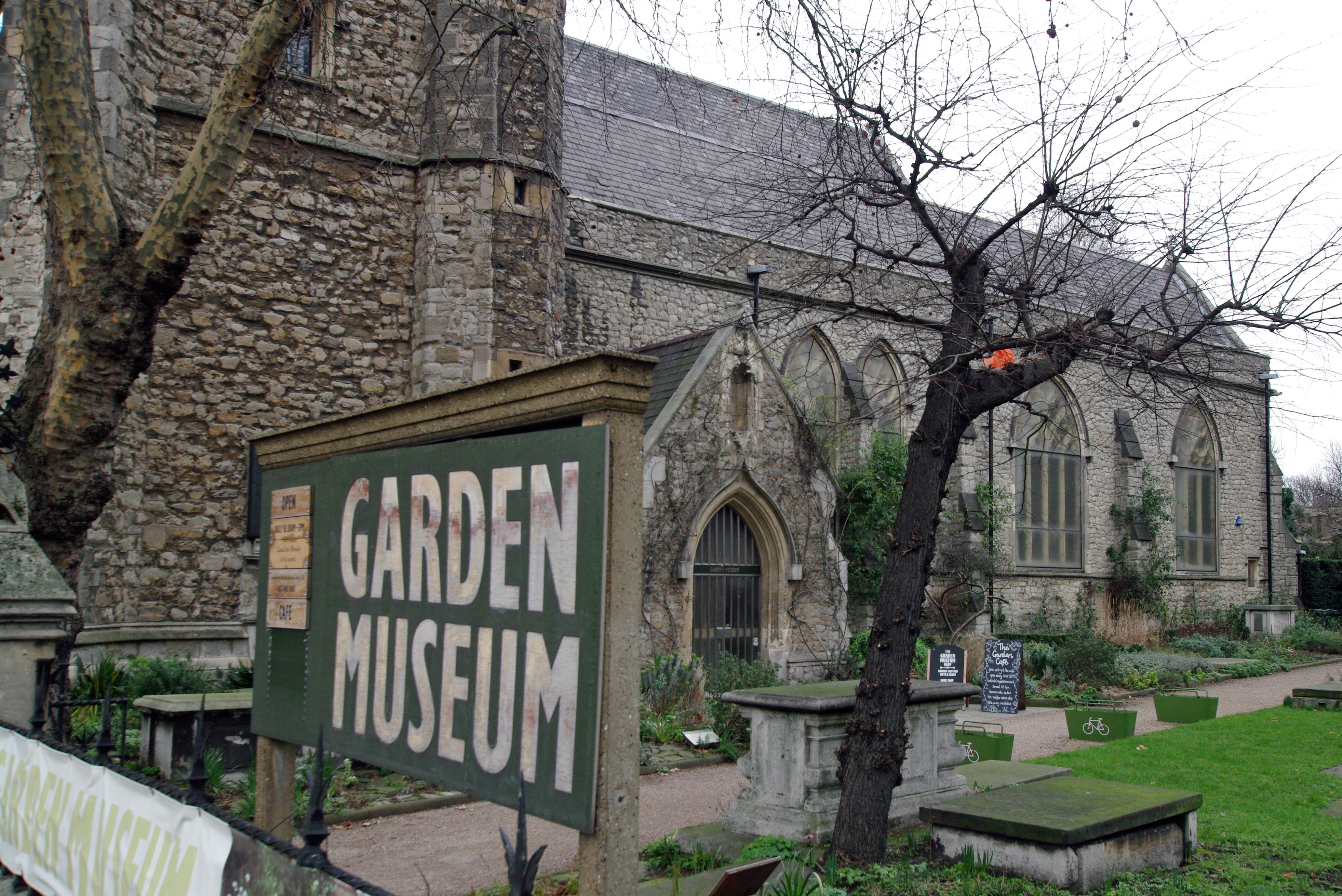 London garden museum entrance.JPG