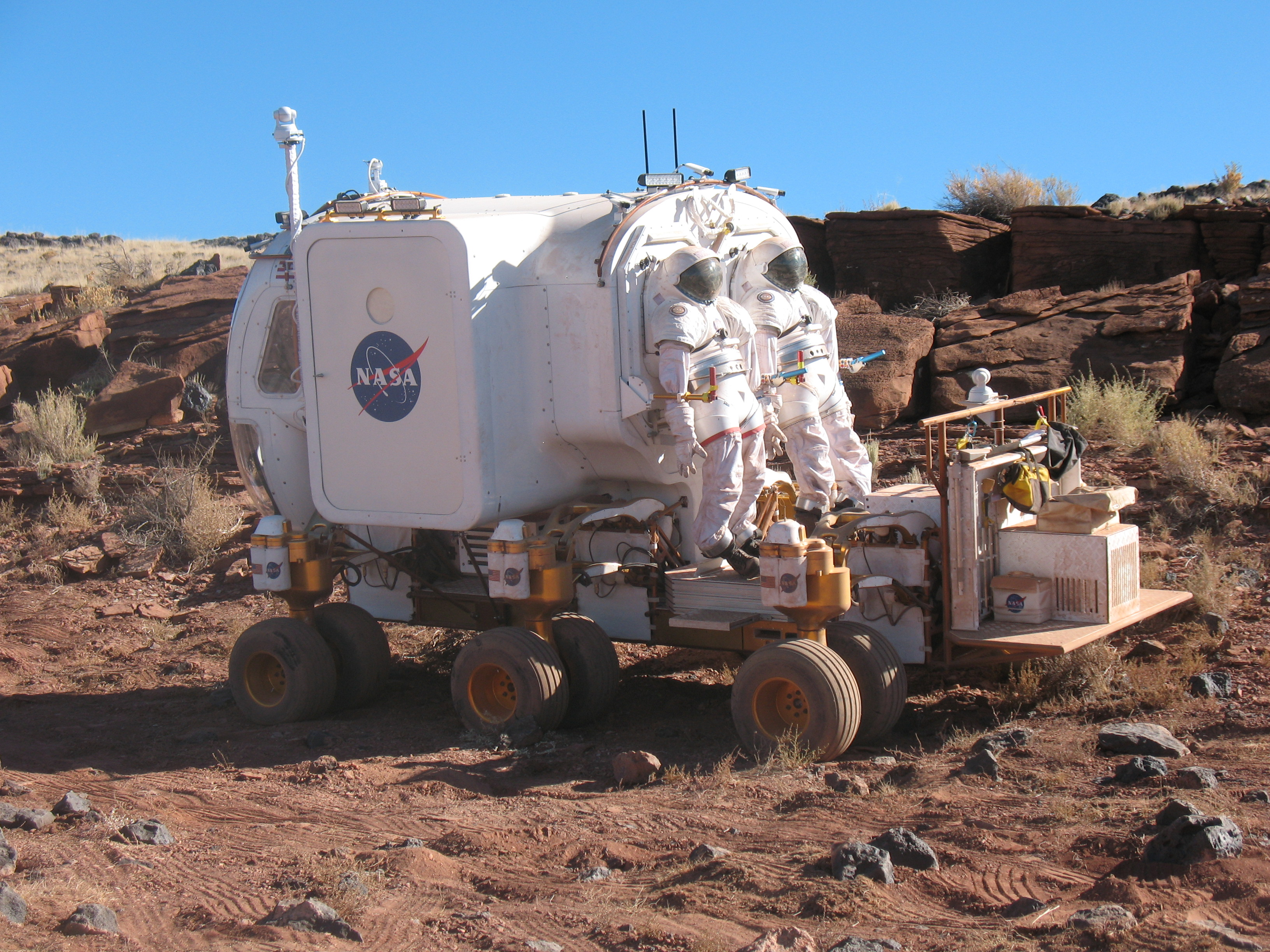 Electric NASA Rover - Pics about space