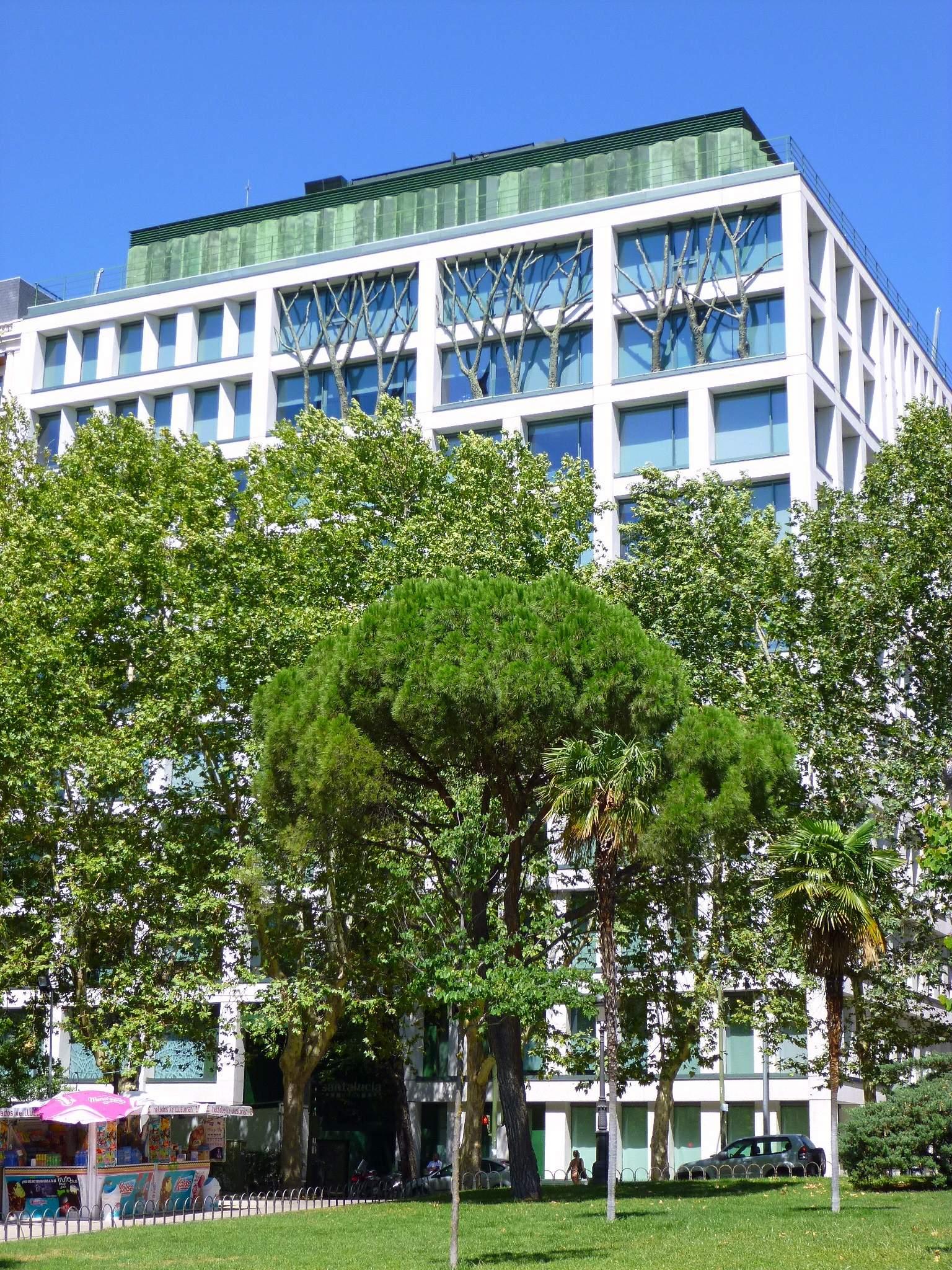 File madrid plaza de espa a edificio de ampliaci n de la sede de seguros santa luc a - Oficinas santa lucia madrid ...