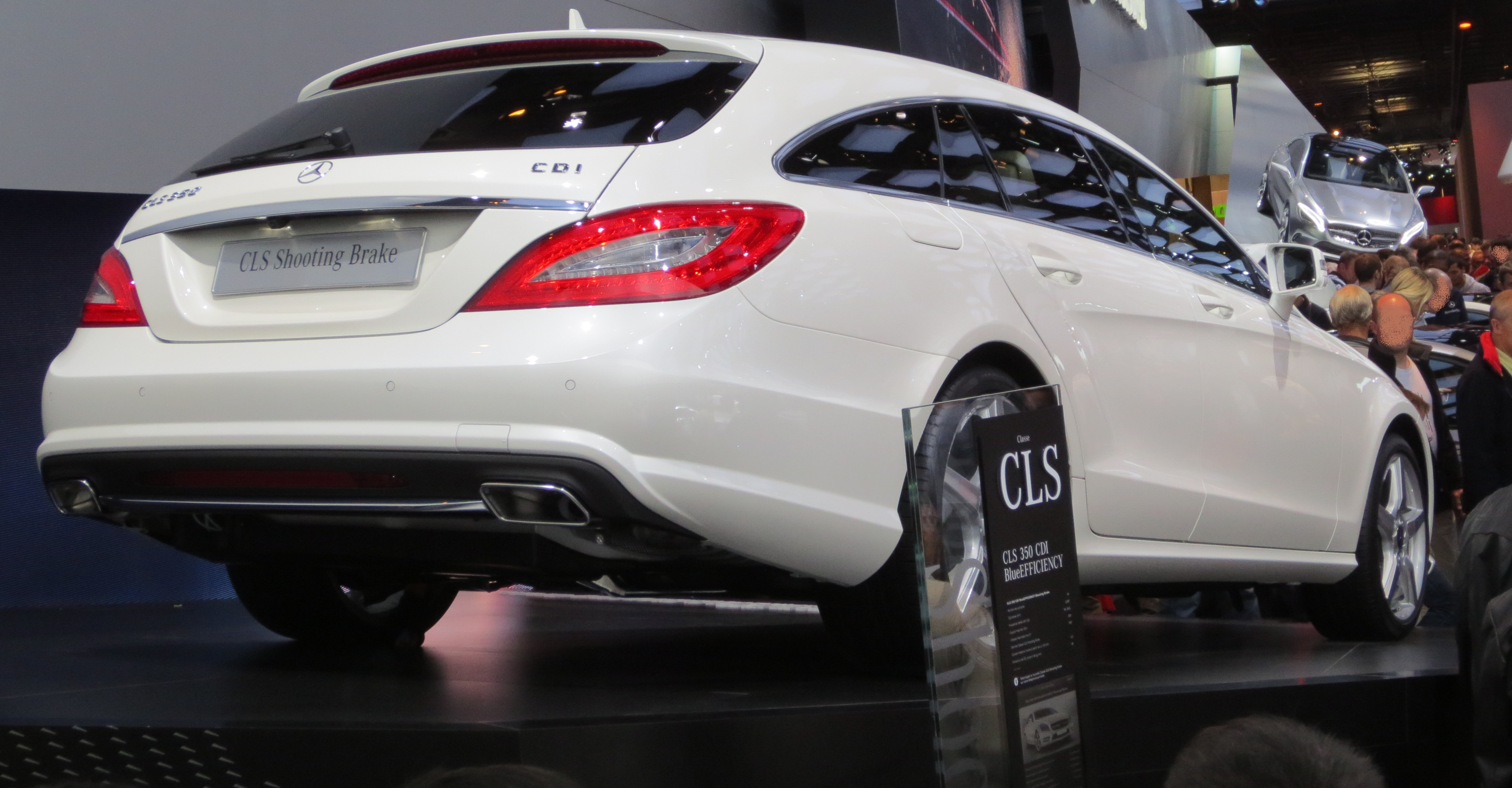 File:Mercedes-Benz CLS-Shooting Brake Rear.JPG - Wikimedia Commons