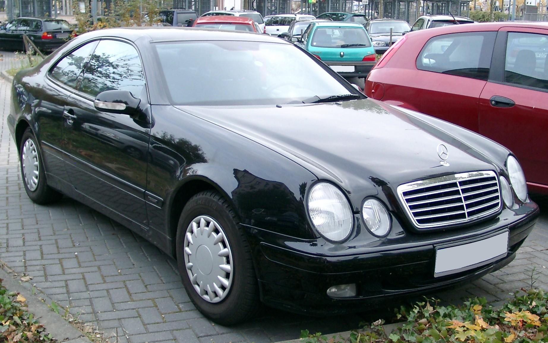 File Mercedes W208 Front 20071029 Jpg Wikimedia Commons