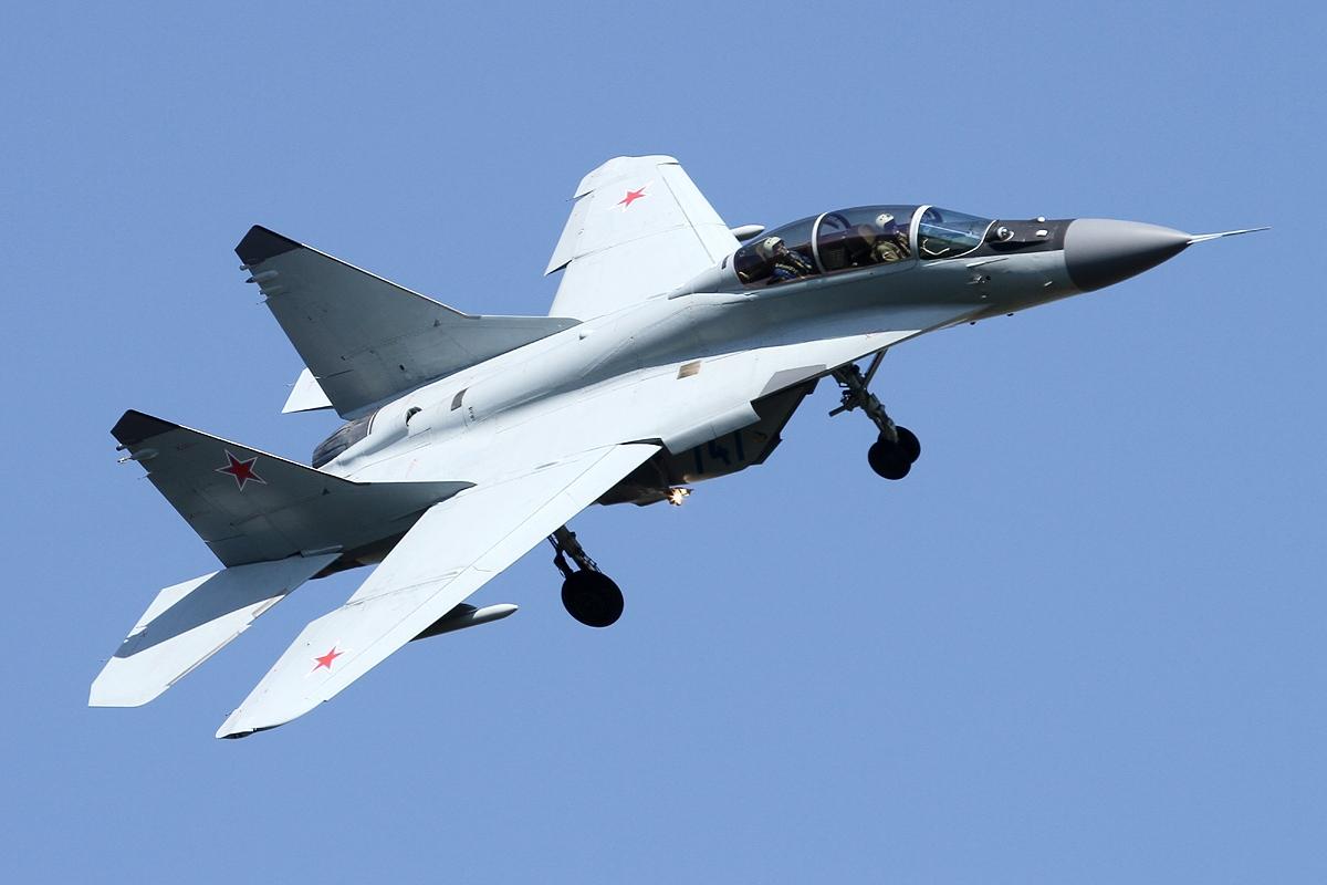 القوات المسلحة السورية , ماذا تحتاج للتوزان عسكريا مع إسرائيل ؟ - صفحة 2 Mikoyan-Gurevich_MiG-29M2_Fulcrum,_Russia_-_Air_Force_JP7665543