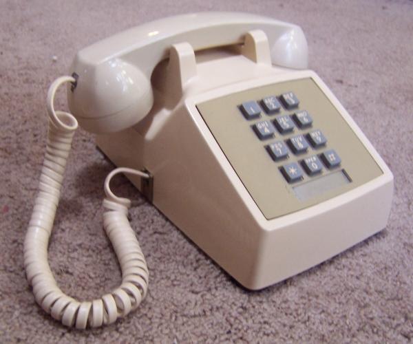 Model 2500 Telephone