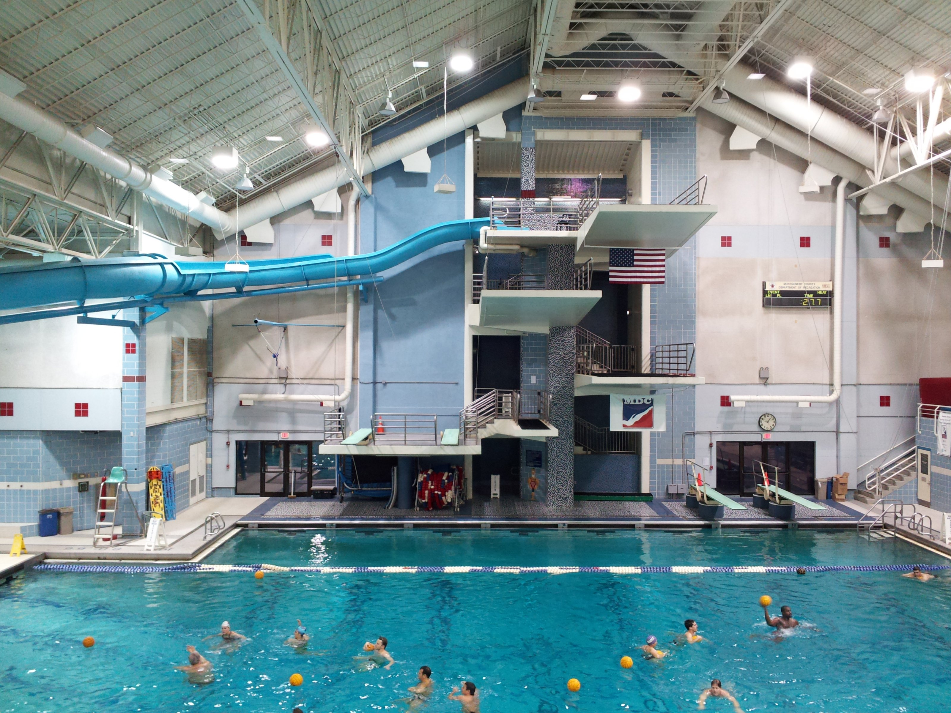 File Montgomery Aquatic Center Diving Platforms And Deep Water Pool Area