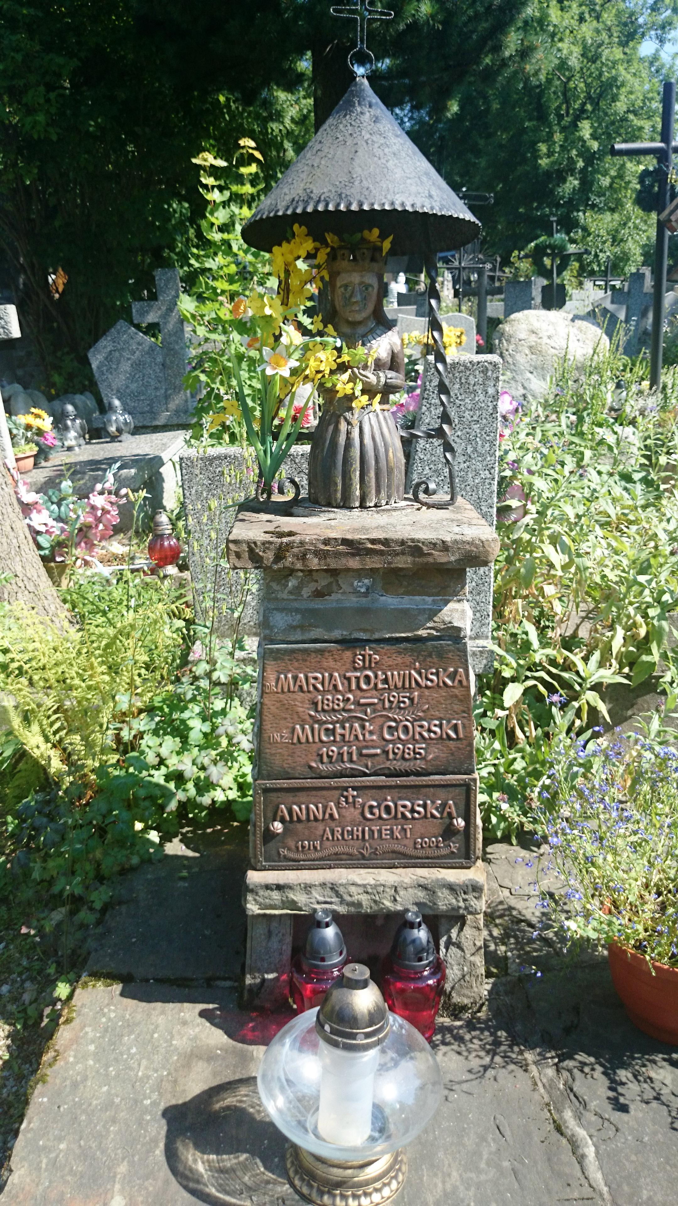Grave of Górski and his family at the New Cemetery in Zakopane