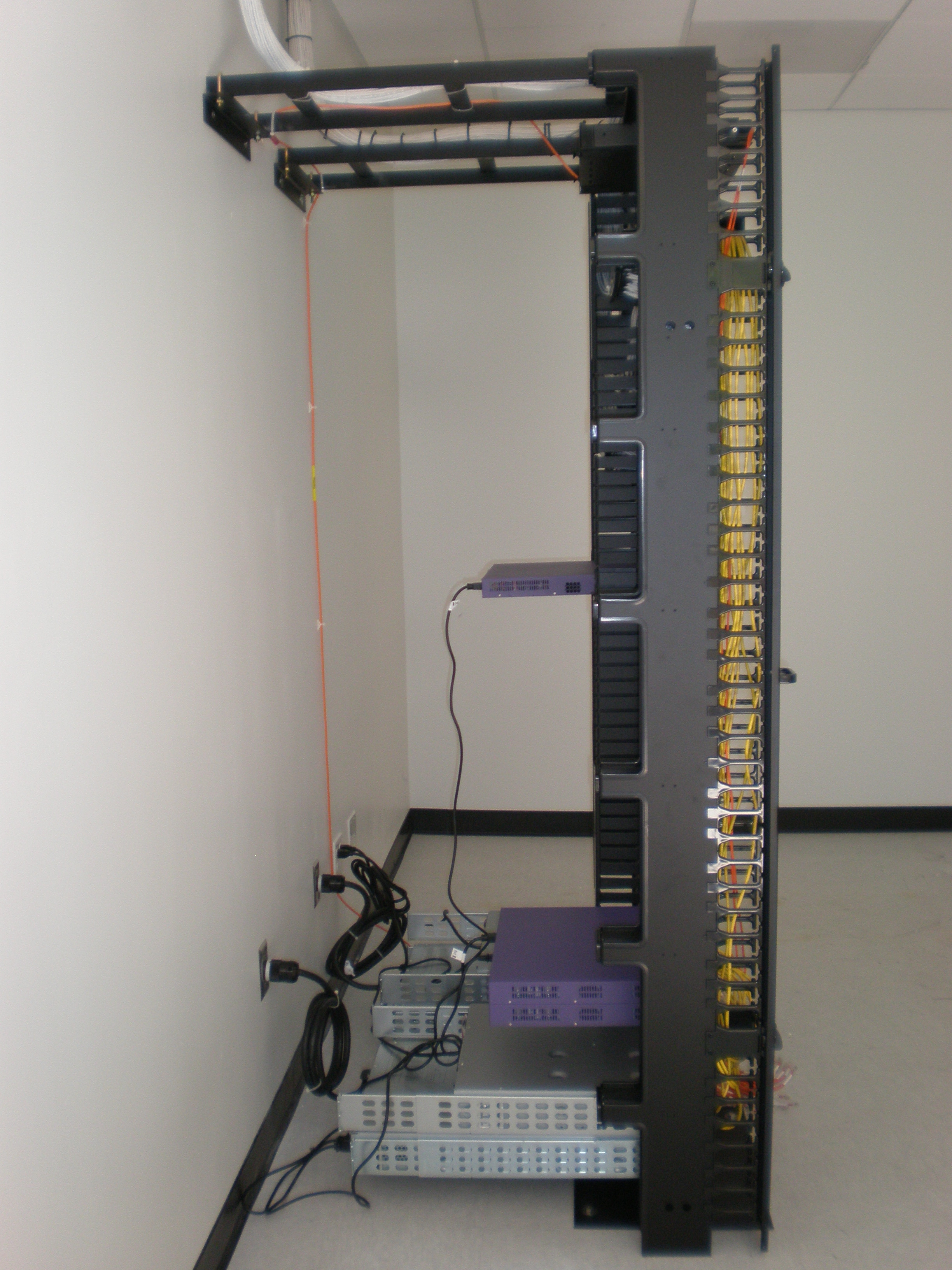 File Panduit Pan Net Cable Management System Side Jpg