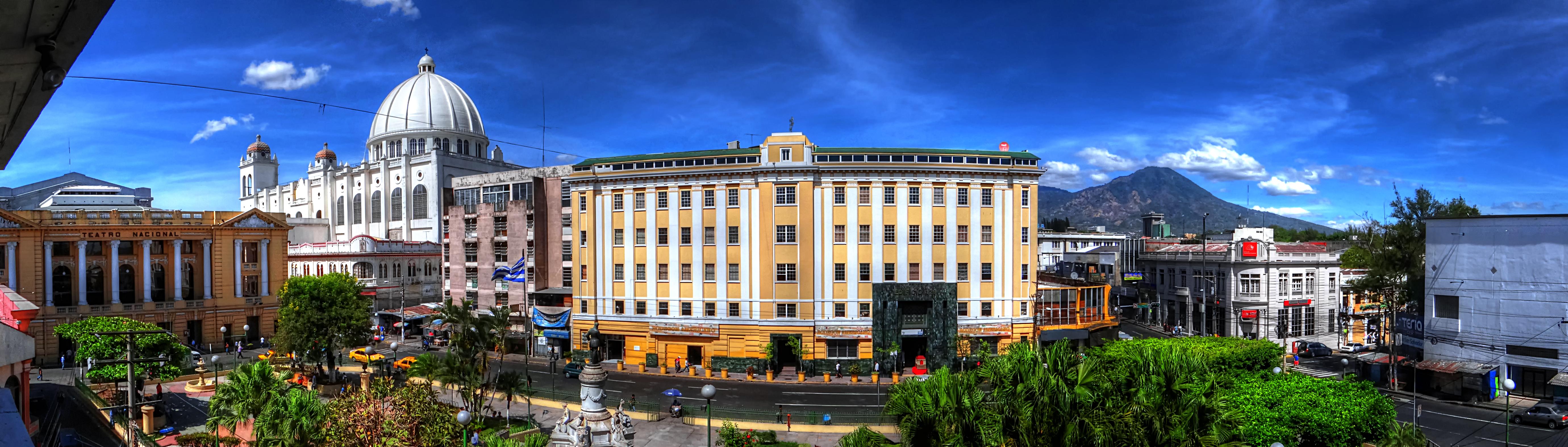 file panoramica del centro histórico de san salvador jpg wikimedia