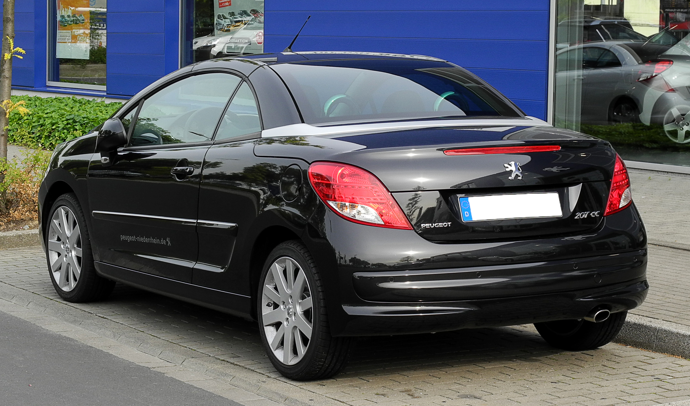 file peugeot 207 cc facelift heckansicht 12 juni 2011 d wikimedia commons. Black Bedroom Furniture Sets. Home Design Ideas