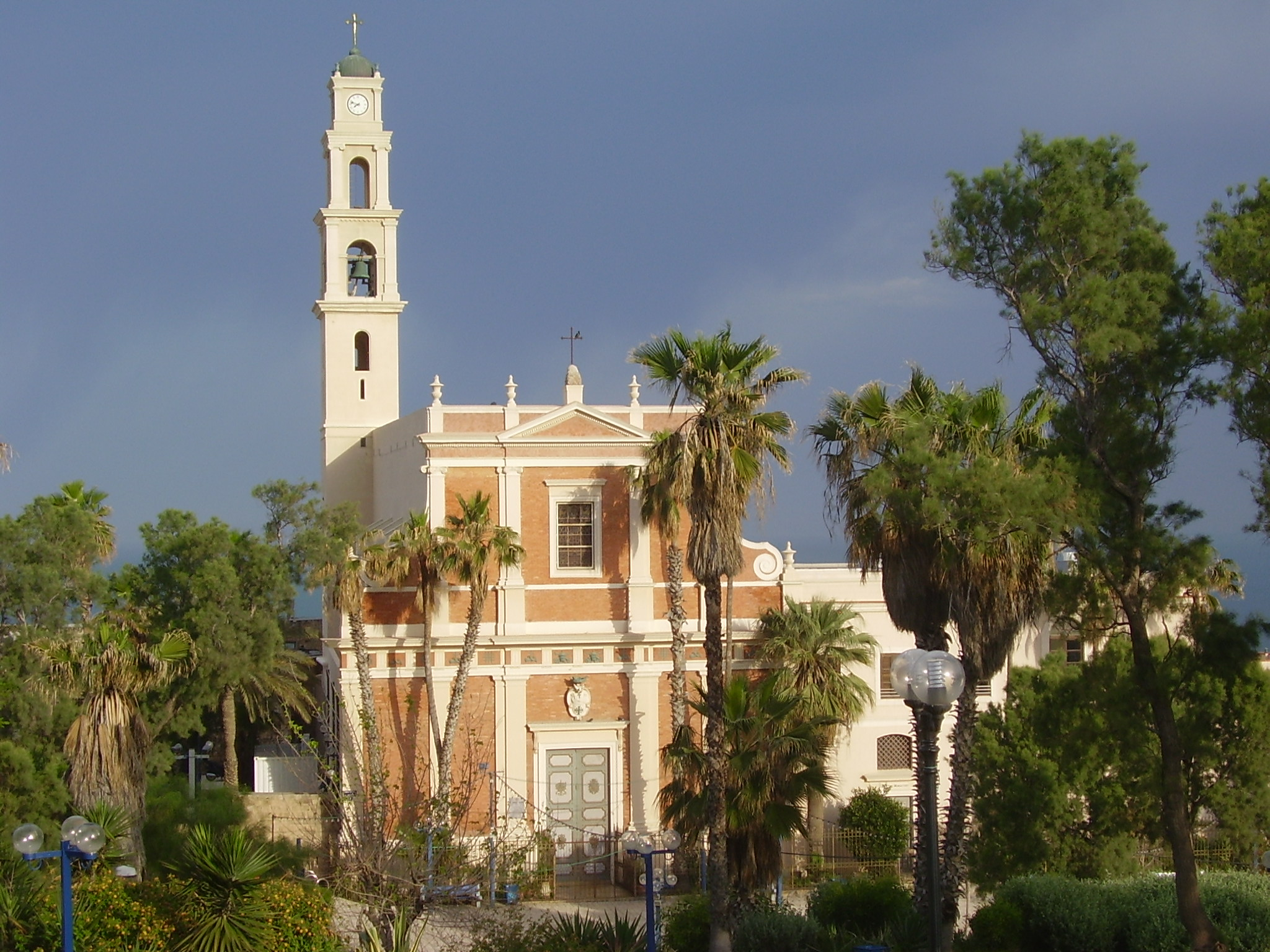 St Peters Church © WikiCommons/Wiki_Israel