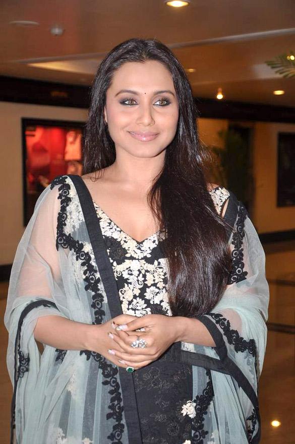 Description Rani Mukerji at Lonely Planet Magazine India Awards 2012