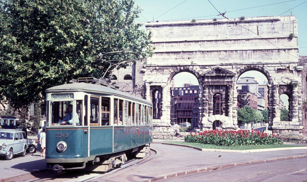 Nahverkehr Rom
