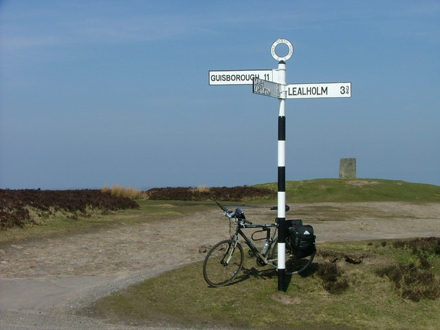 Signpost at Danby Beacon - geograph.org.uk - 1747390