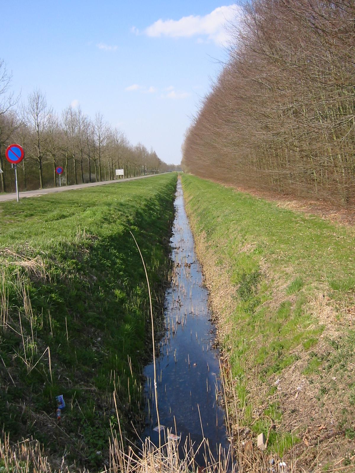 drainage ditches design