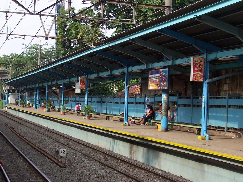 Stasiun Tebet  Wikipedia bahasa Indonesia  ensiklopedia bebas