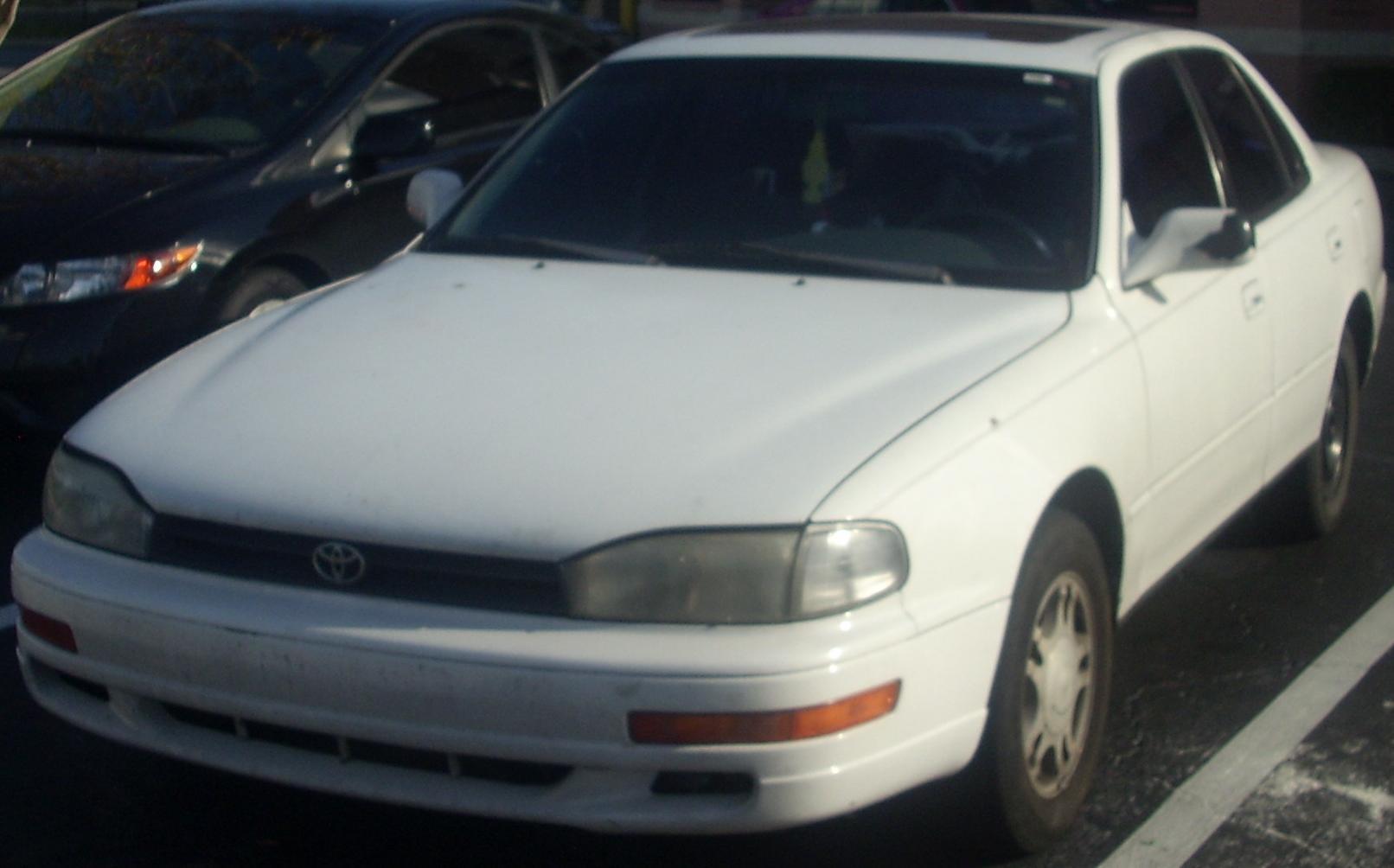 File Toyota Camry Sedan 92 94 Jpg Wikimedia Commons