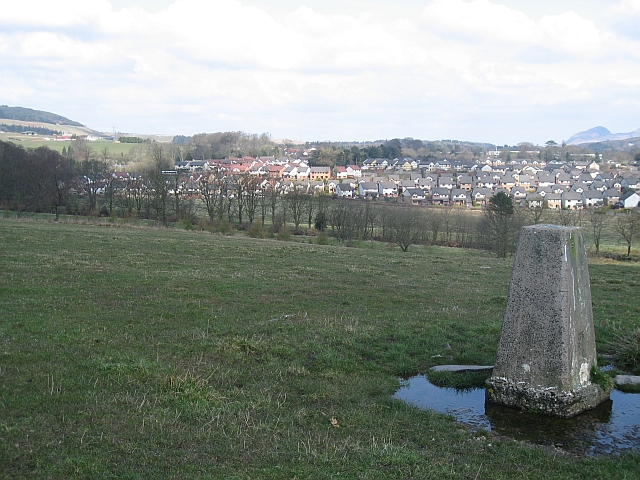 File:Trig point and Mains Estate - geograph.org.uk - 762170.jpg