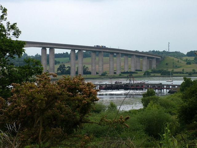 West end of Orwell Bridge - geograph.org.uk - 1358009