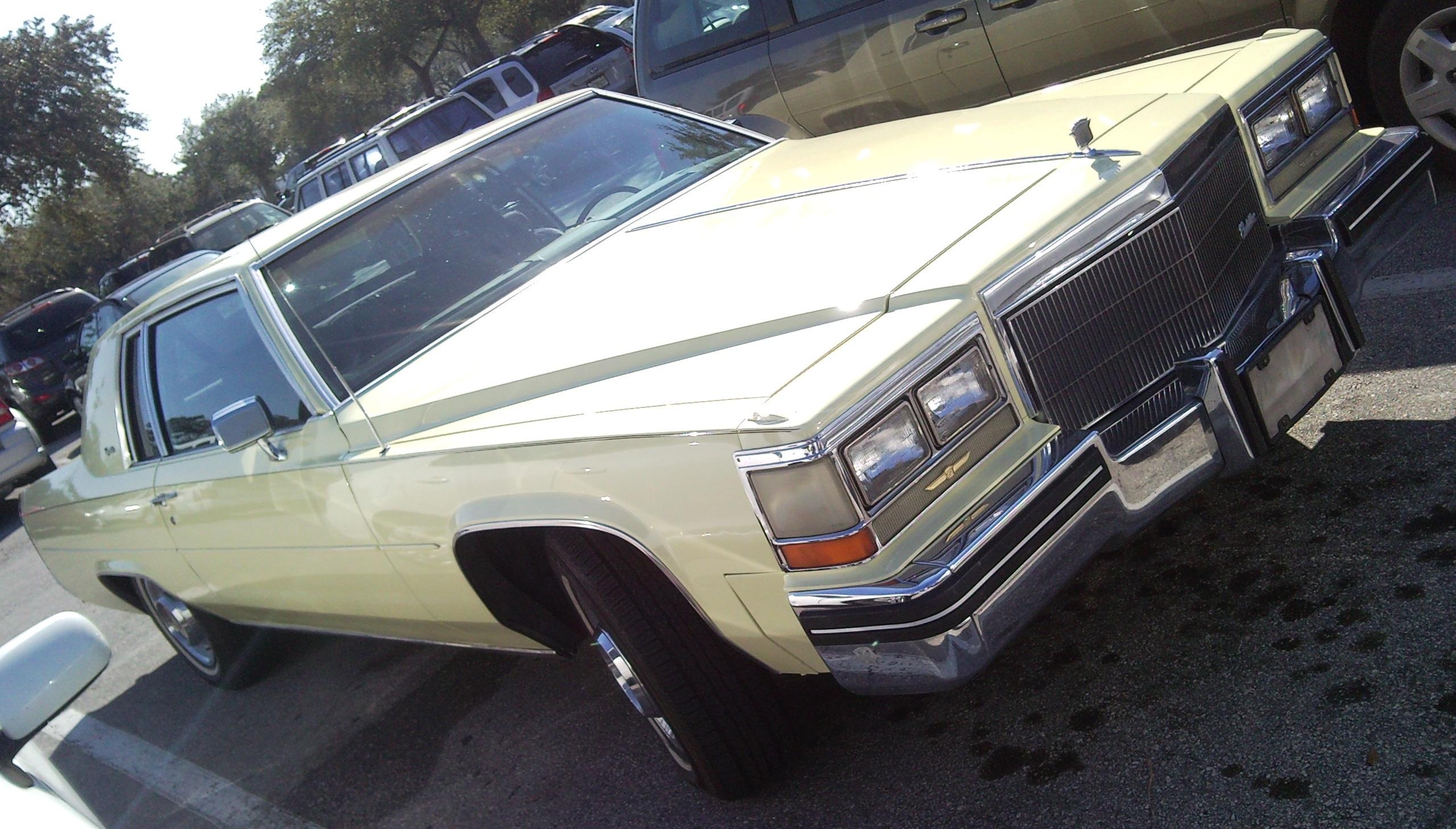 File:'83 Cadillac Coupe De Ville.jpg - Wikimedia Commons