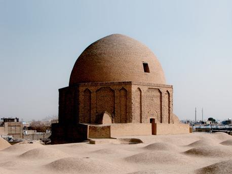 File:گنبد تاج الملک مسجد جامع اصفهان.png