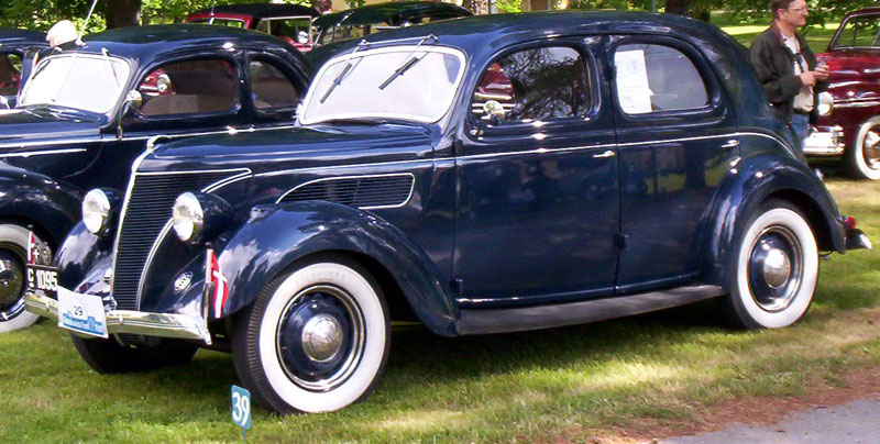 Build A Ford >> File:1939 Ford V8 Saloon.jpg - Wikimedia Commons