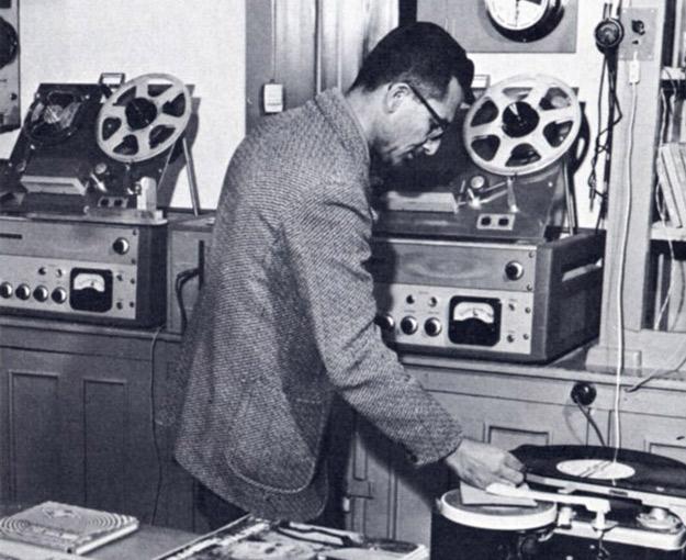 File:1950s Afghanistan - Afghan radio station.jpg