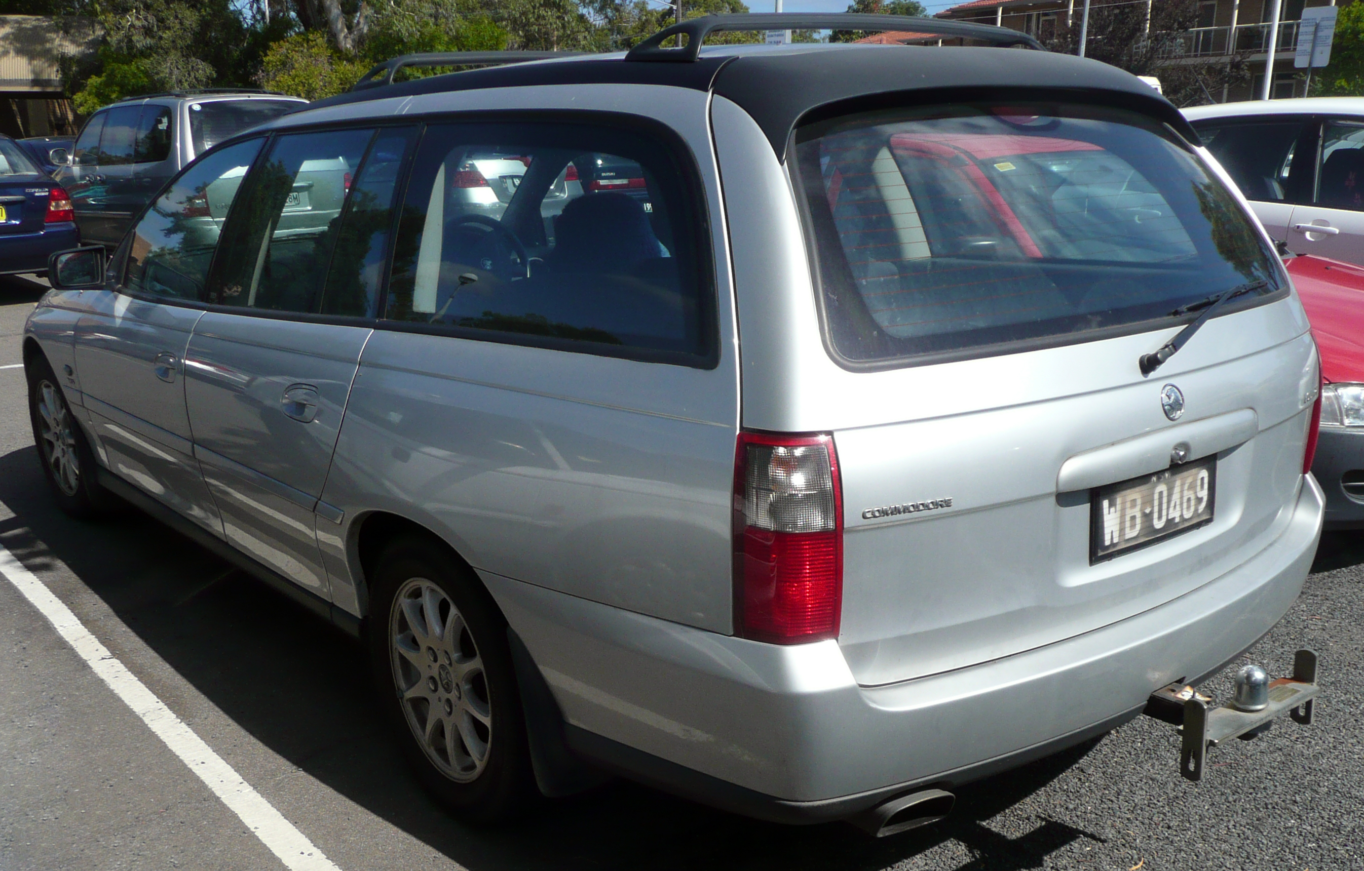 File2003 holden vy commodore equipe executive station wagon 01 file2003 holden vy commodore equipe executive station wagon 01g vanachro Gallery