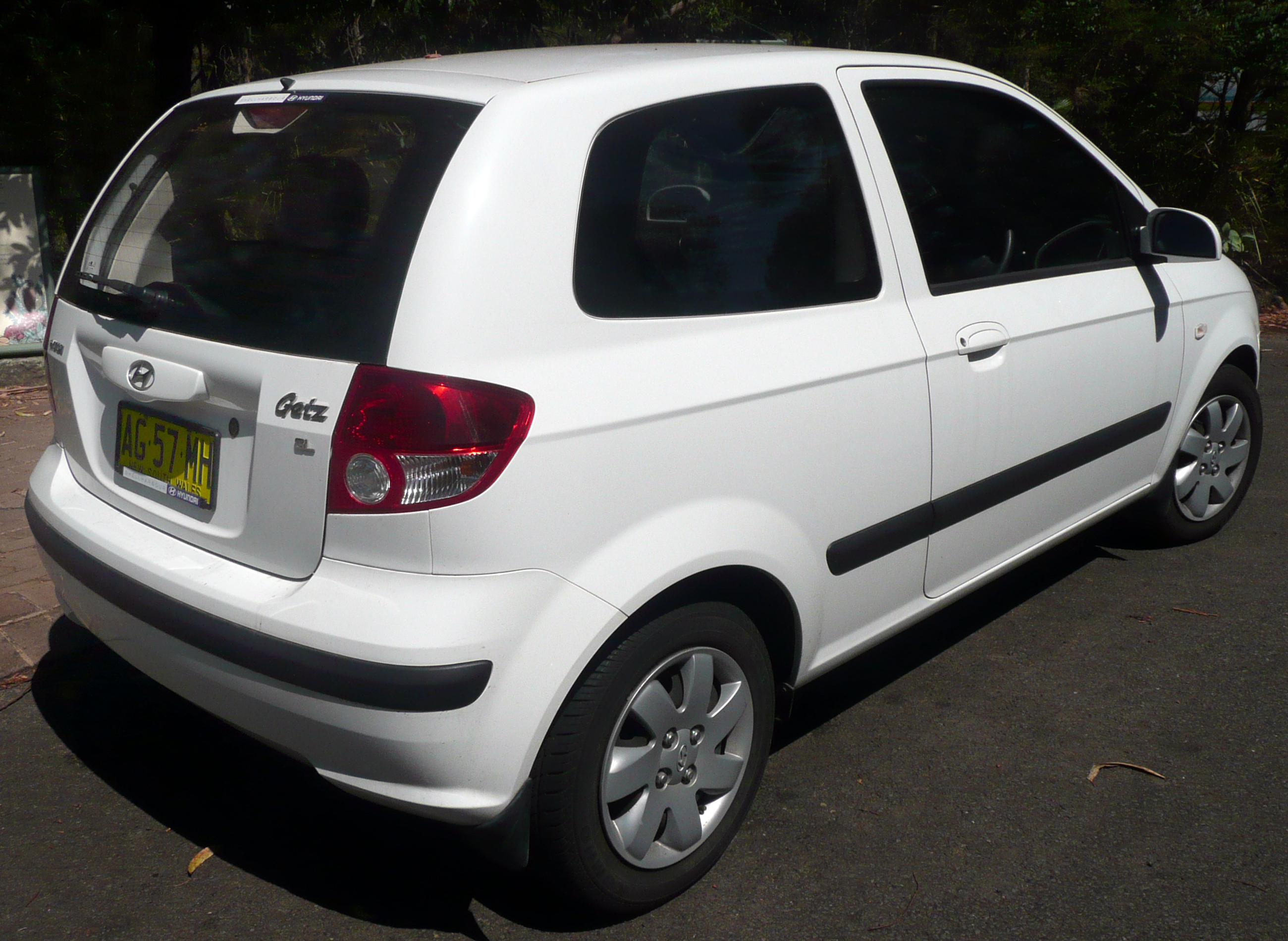 file 2005 hyundai getz tb my05 gl 3 door hatchback 2009 01 16 wikimedia commons. Black Bedroom Furniture Sets. Home Design Ideas