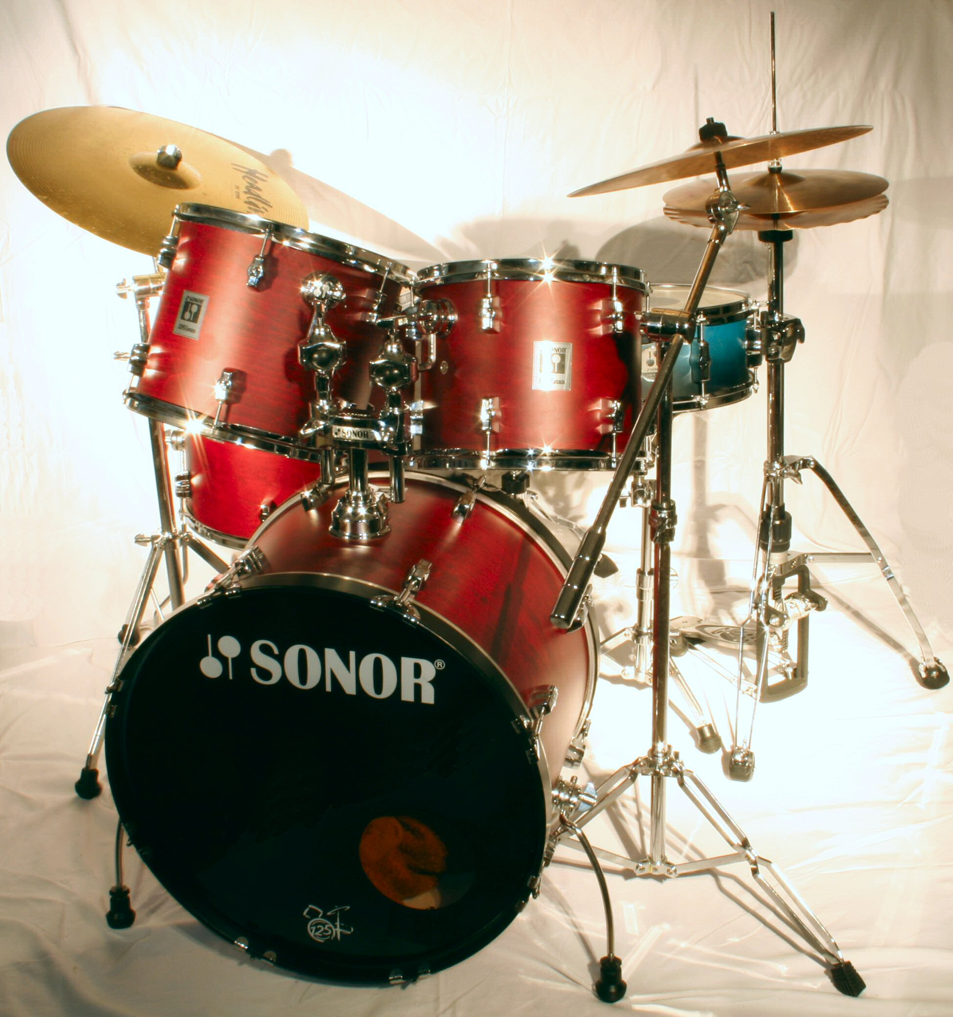 Description 2006-07-06 drum set