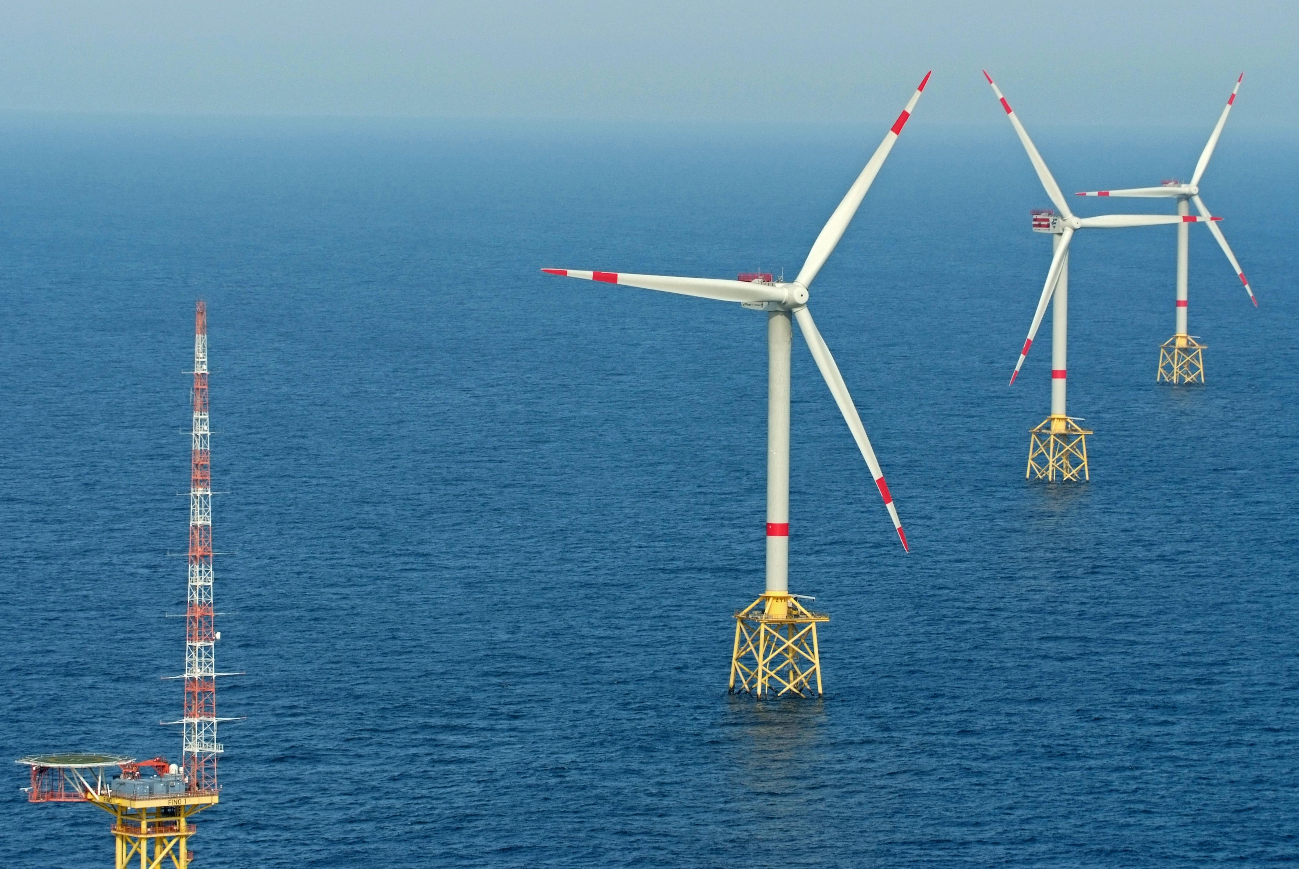 File:2012-05-13 Nordsee-Luftbilder DSCF8889.jpg - Wikimedia Commons