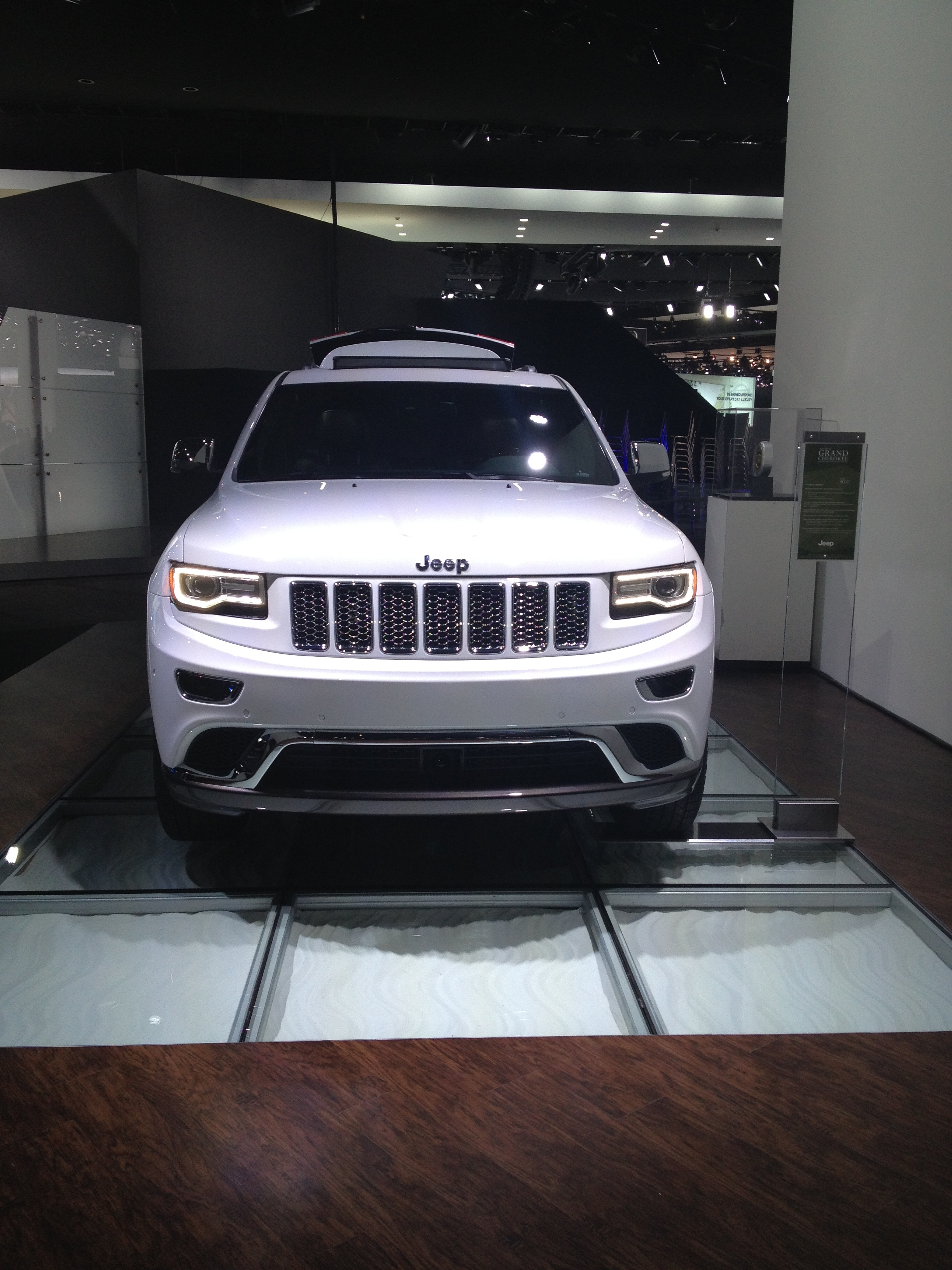 Ann Arbor Jeep File:2014 Jeep Grand Cherokee Summit (8402991743).jpg ...