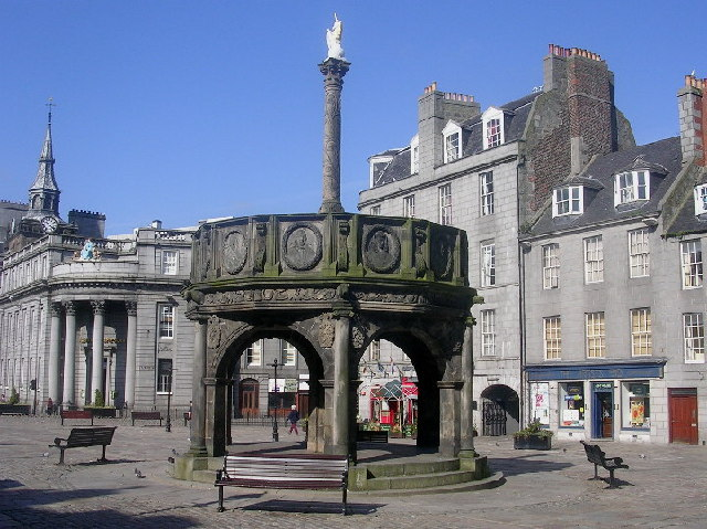 Aberdeen Mercat cross with unicorn
