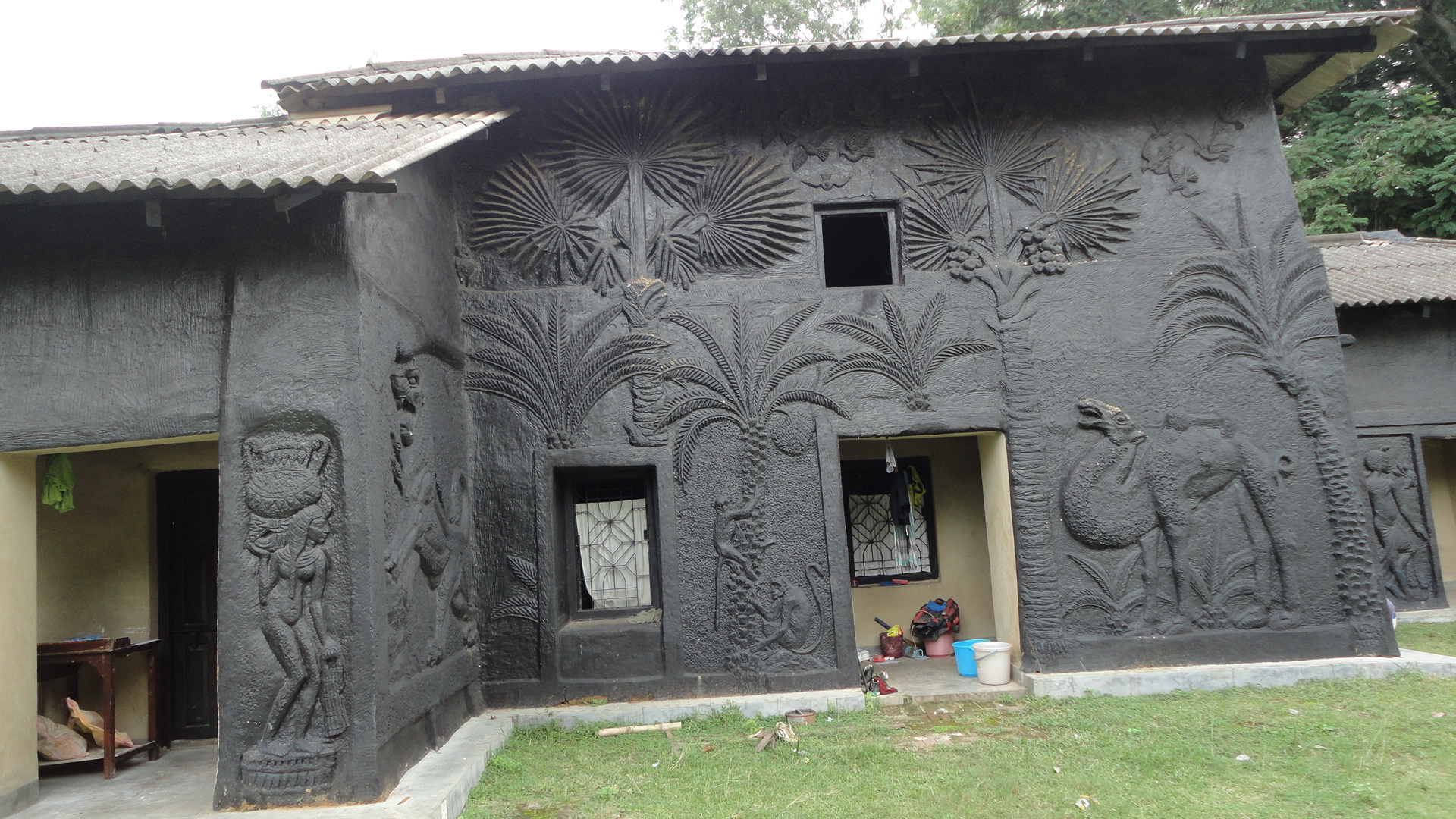 File Artistic Mud House At Shantiniketan Jpg Wikimedia