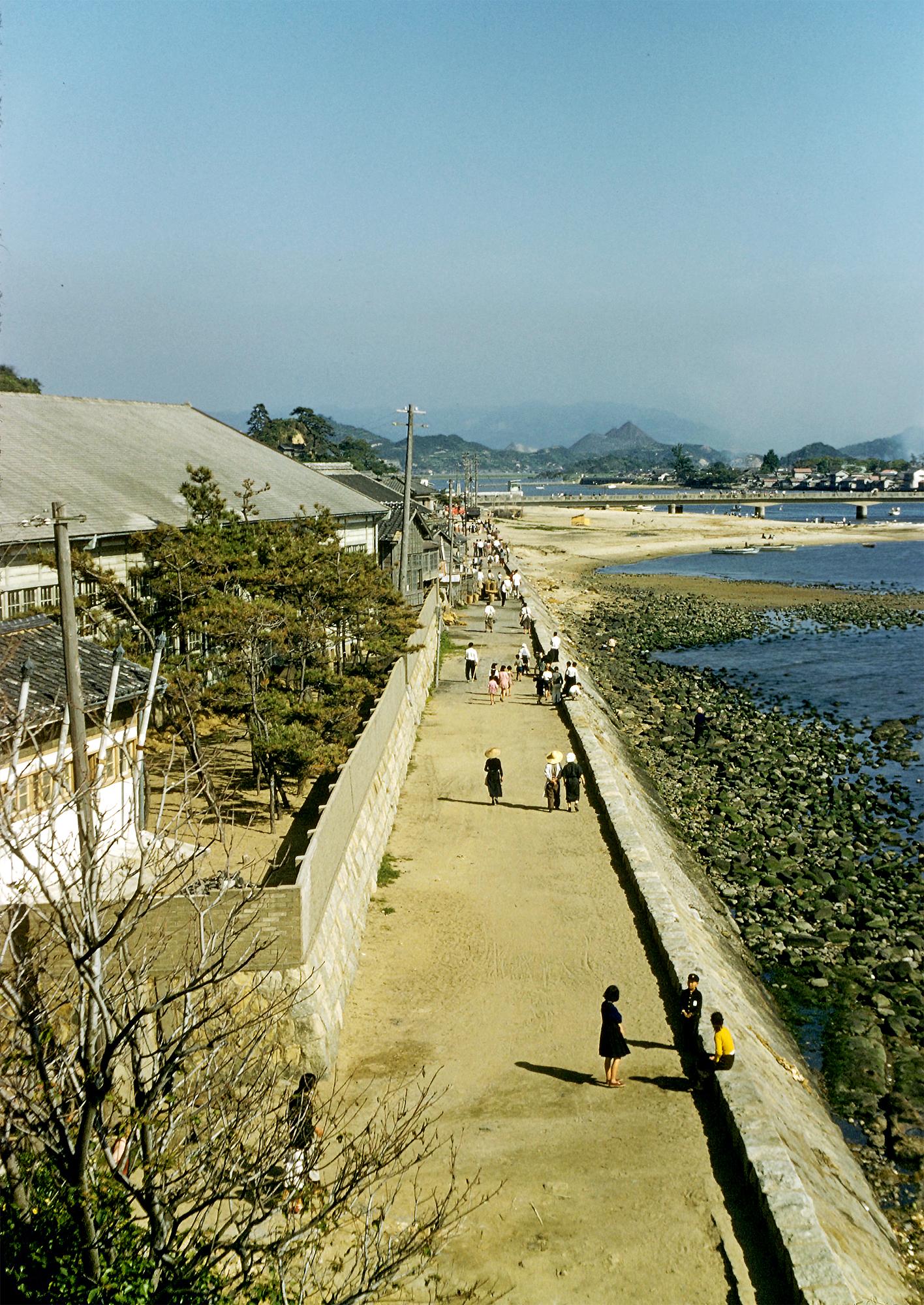fileashiyamachi ongagun fukuoka prefecture seawall